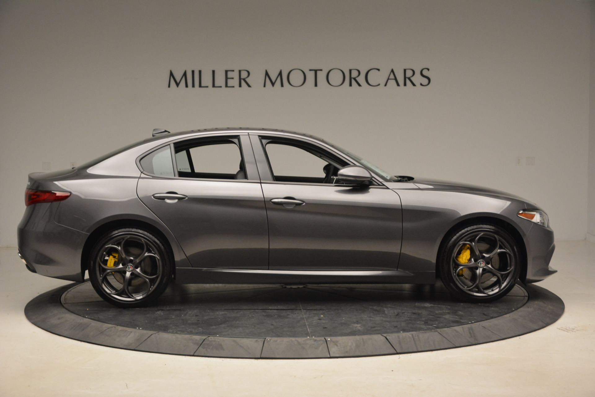 New 2018 Alfa Romeo Giulia Ti Sport Q4 For Sale In Greenwich, CT 1765_p9