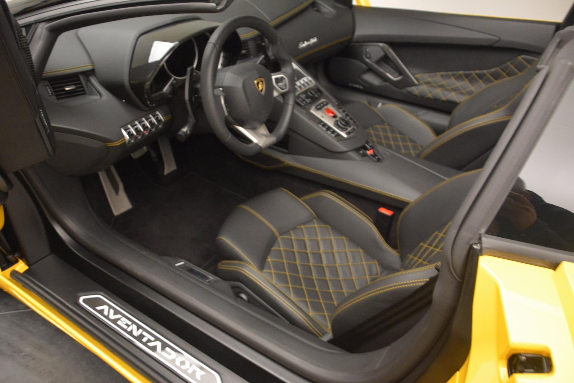 Used 2015 Lamborghini Aventador LP 700-4 Roadster For Sale In Greenwich, CT 1774_p15
