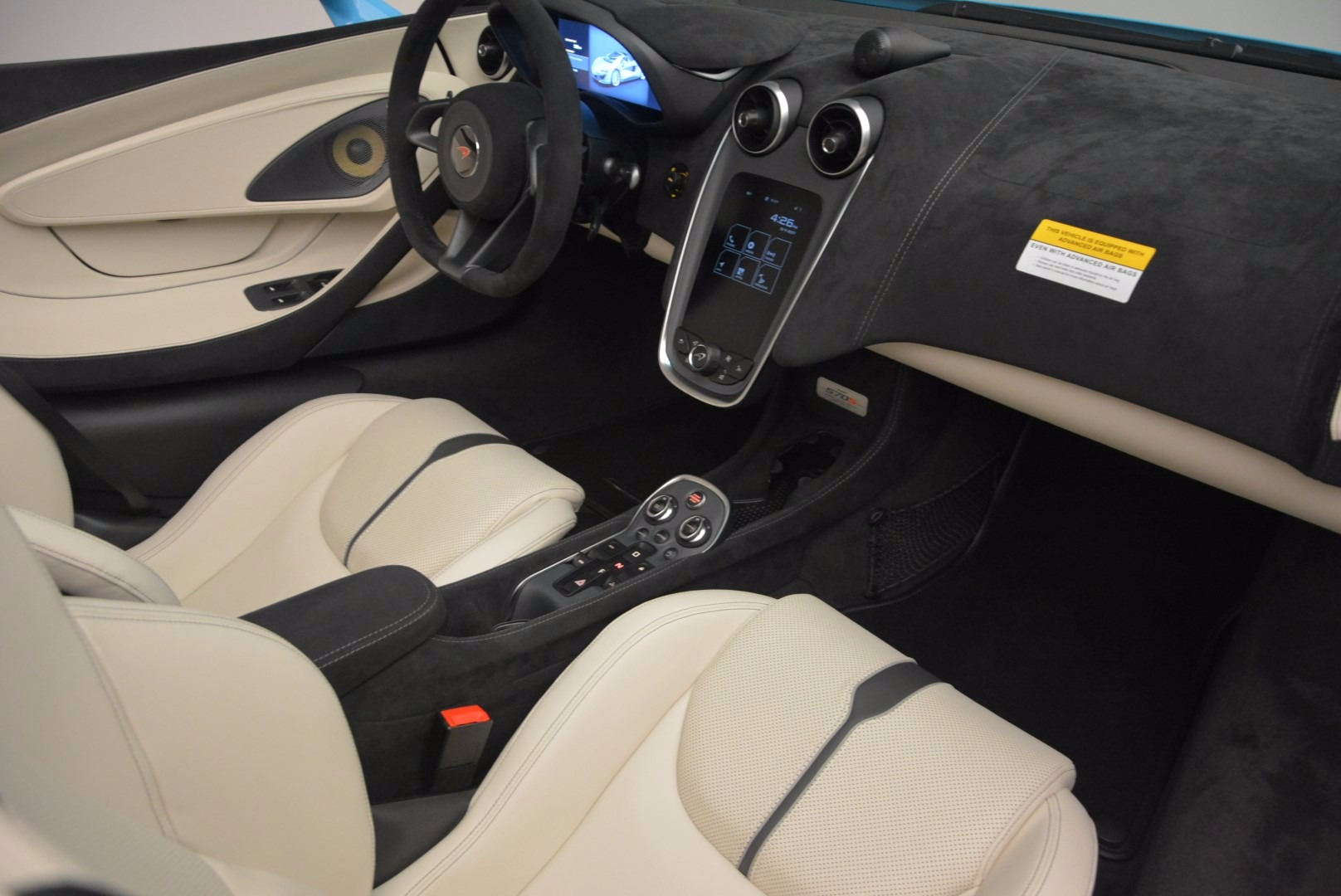 New 2018 McLaren 570S Spider For Sale In Greenwich, CT 1775_p32