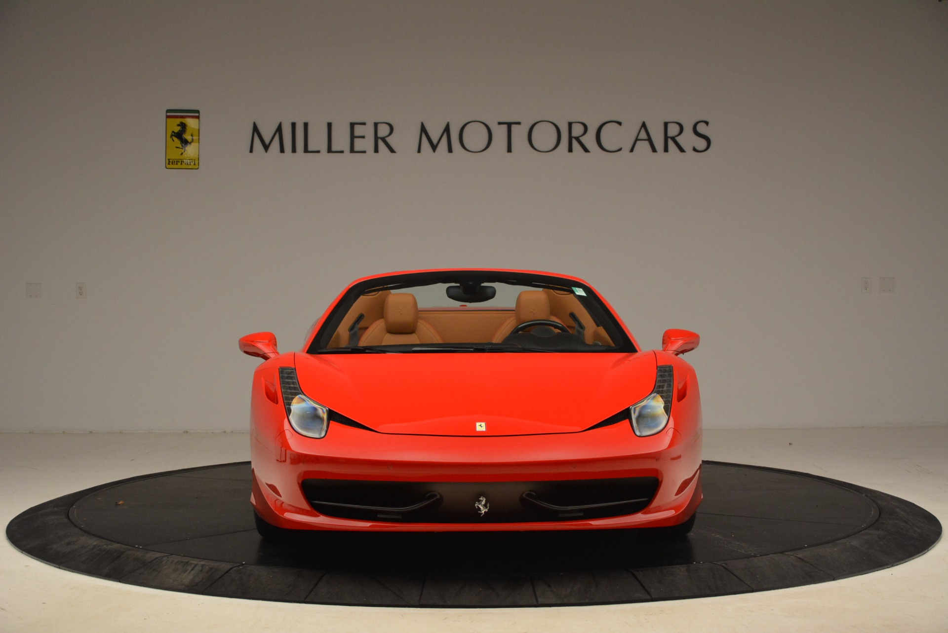 Used 2013 Ferrari 458 Spider  For Sale In Greenwich, CT 1784_p12