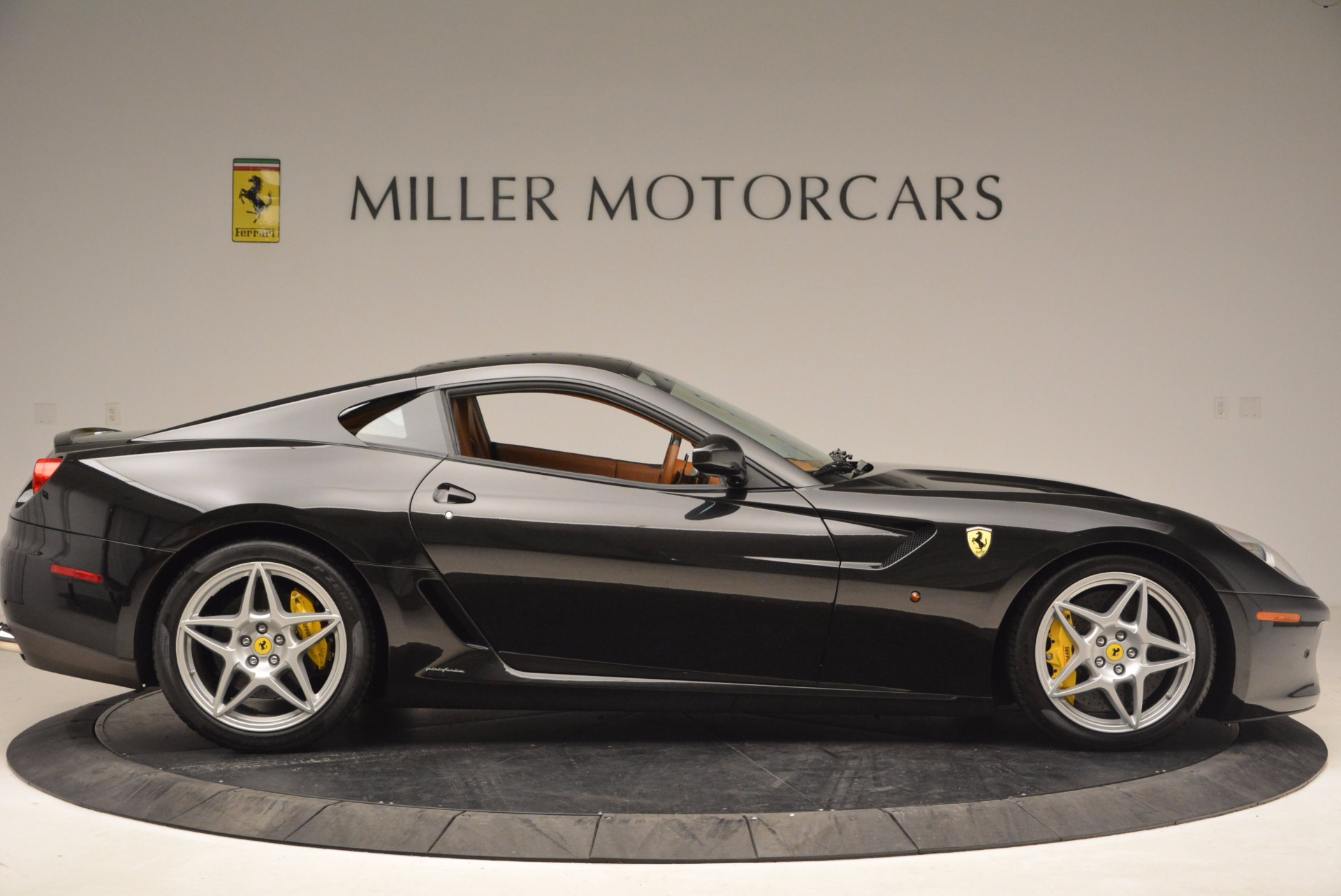Used 2008 Ferrari 599 GTB Fiorano  For Sale In Greenwich, CT 1785_p9