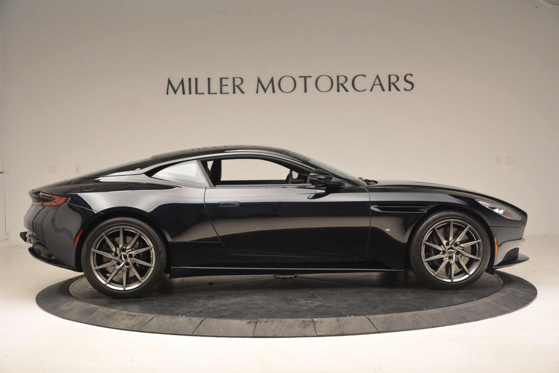Used 2017 Aston Martin DB11  For Sale In Greenwich, CT 1786_p9