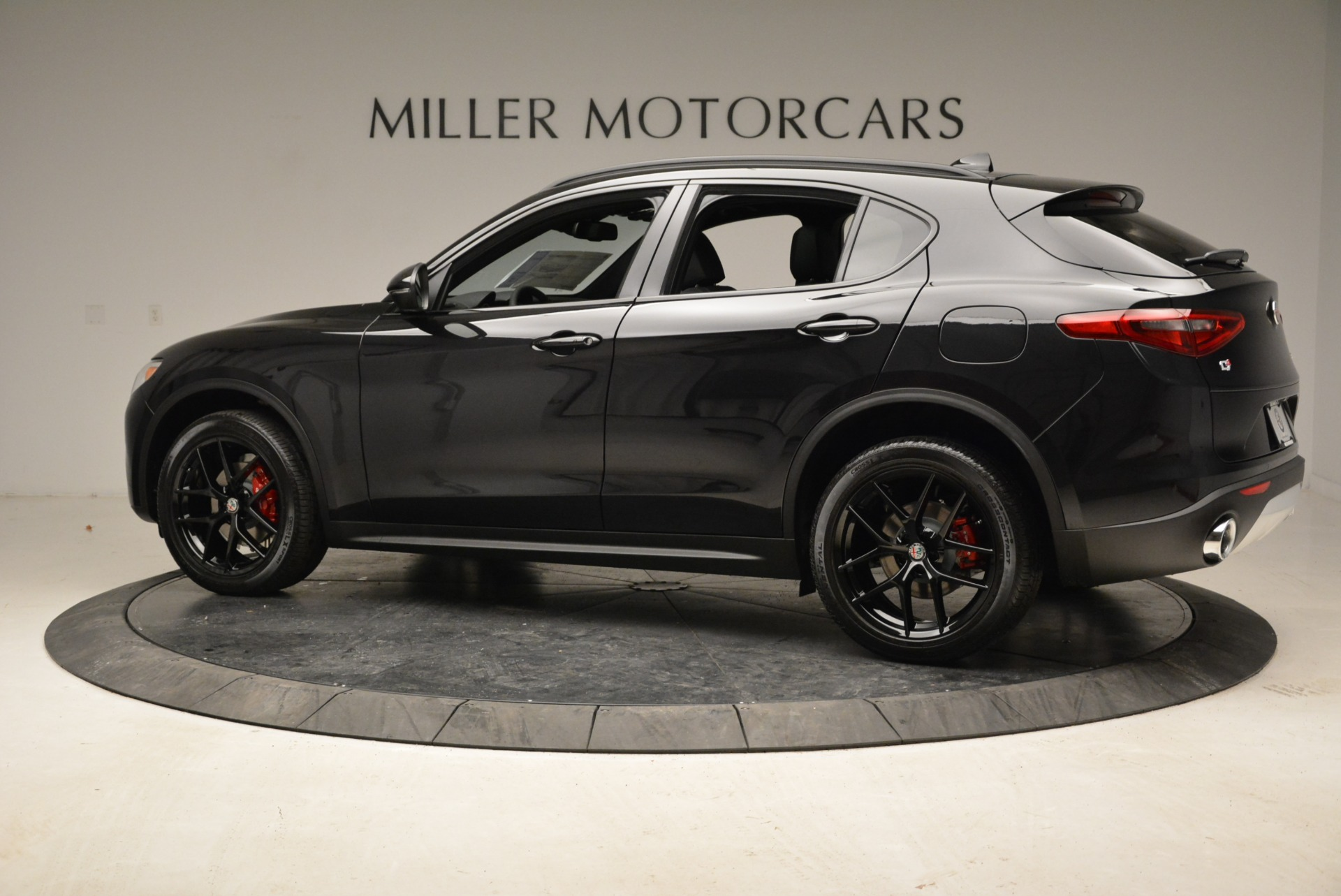 New 2018 Alfa Romeo Stelvio Ti Sport Q4 For Sale In Greenwich, CT 1788_p4