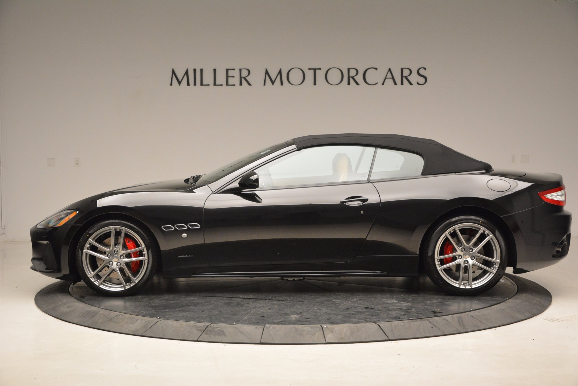 New 2018 Maserati GranTurismo Sport Convertible For Sale In Greenwich, CT 1795_p15