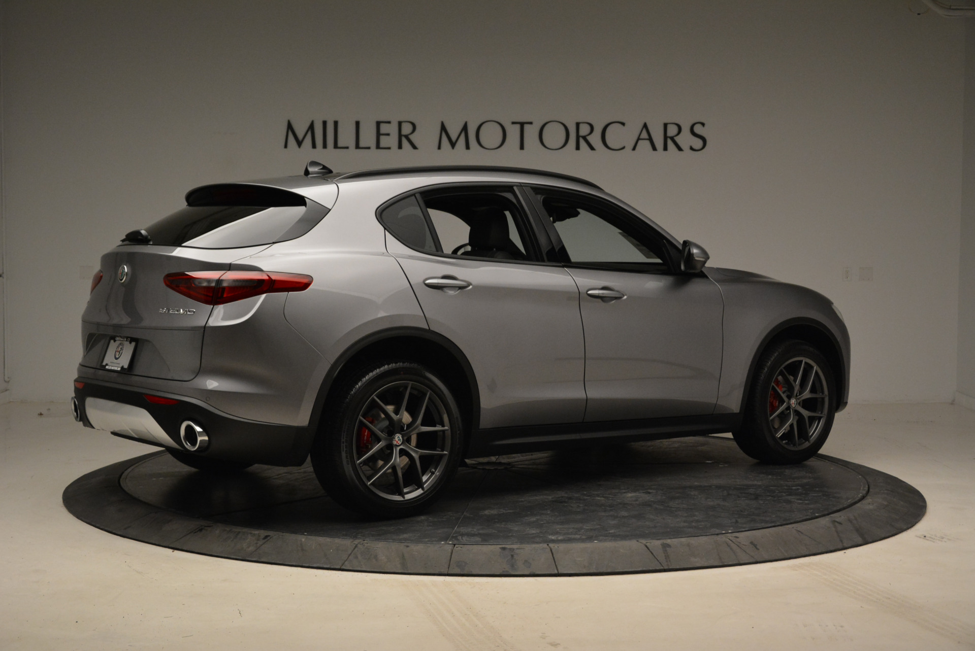 New 2018 Alfa Romeo Stelvio Ti Sport Q4 For Sale In Greenwich, CT 1805_p8
