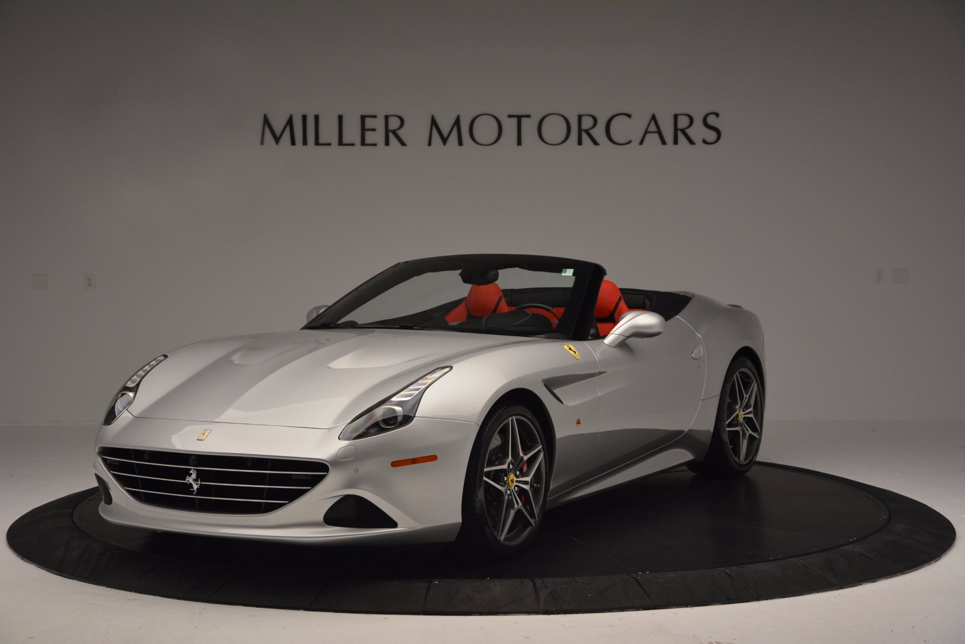 Used 2015 Ferrari California T  For Sale In Greenwich, CT 1808_main