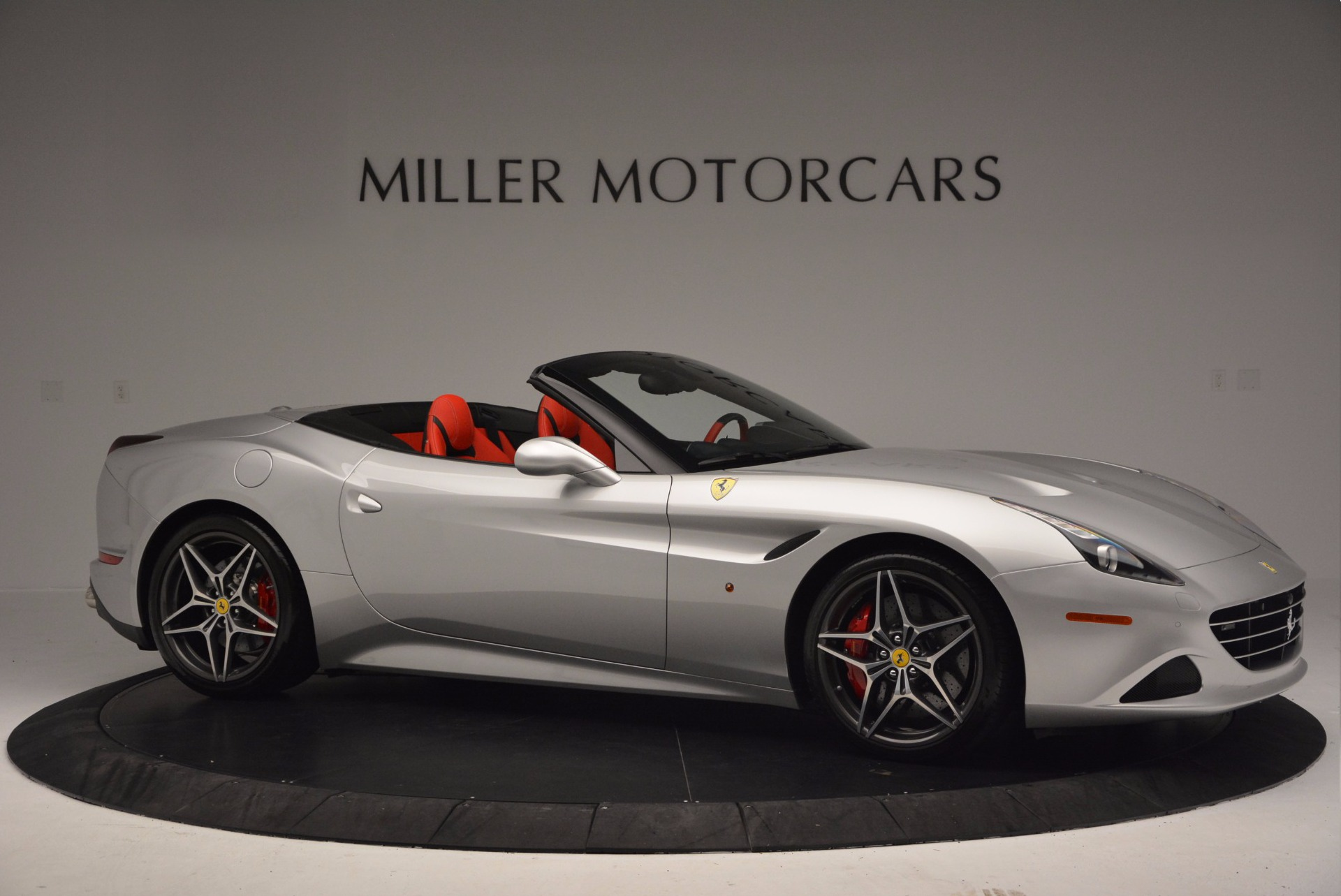 Used 2015 Ferrari California T  For Sale In Greenwich, CT 1808_p10