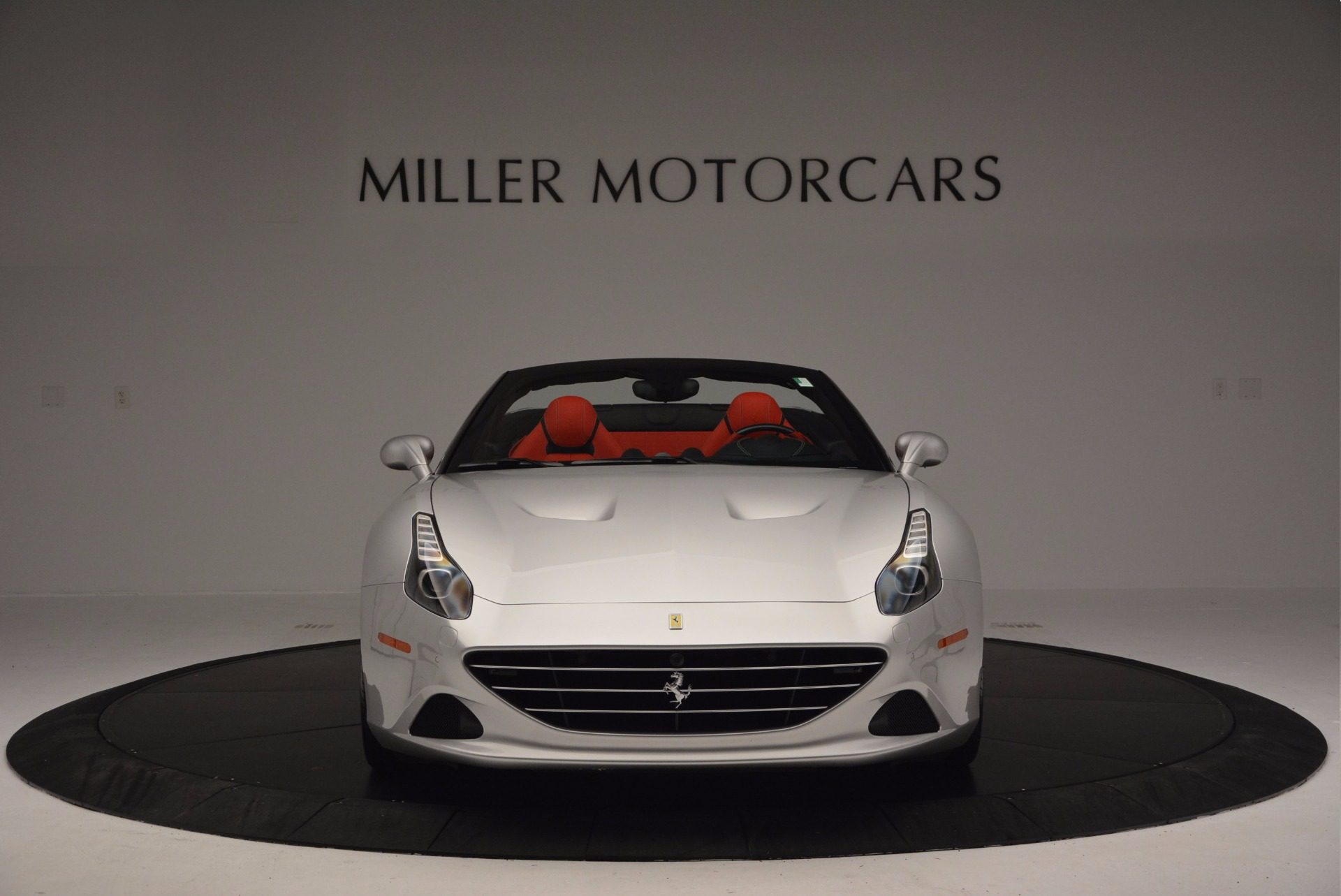 Used 2015 Ferrari California T  For Sale In Greenwich, CT 1808_p12