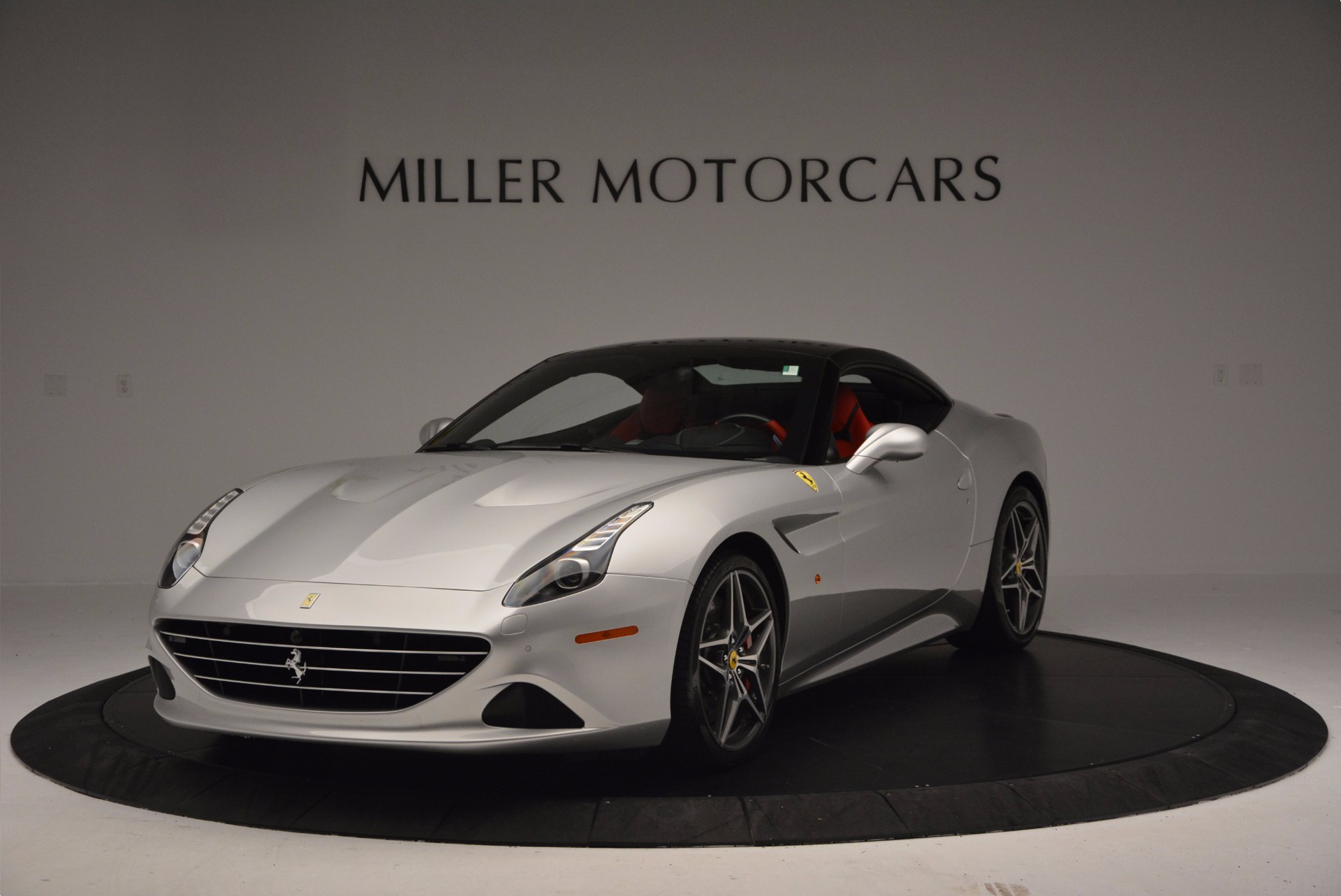 Used 2015 Ferrari California T  For Sale In Greenwich, CT 1808_p13
