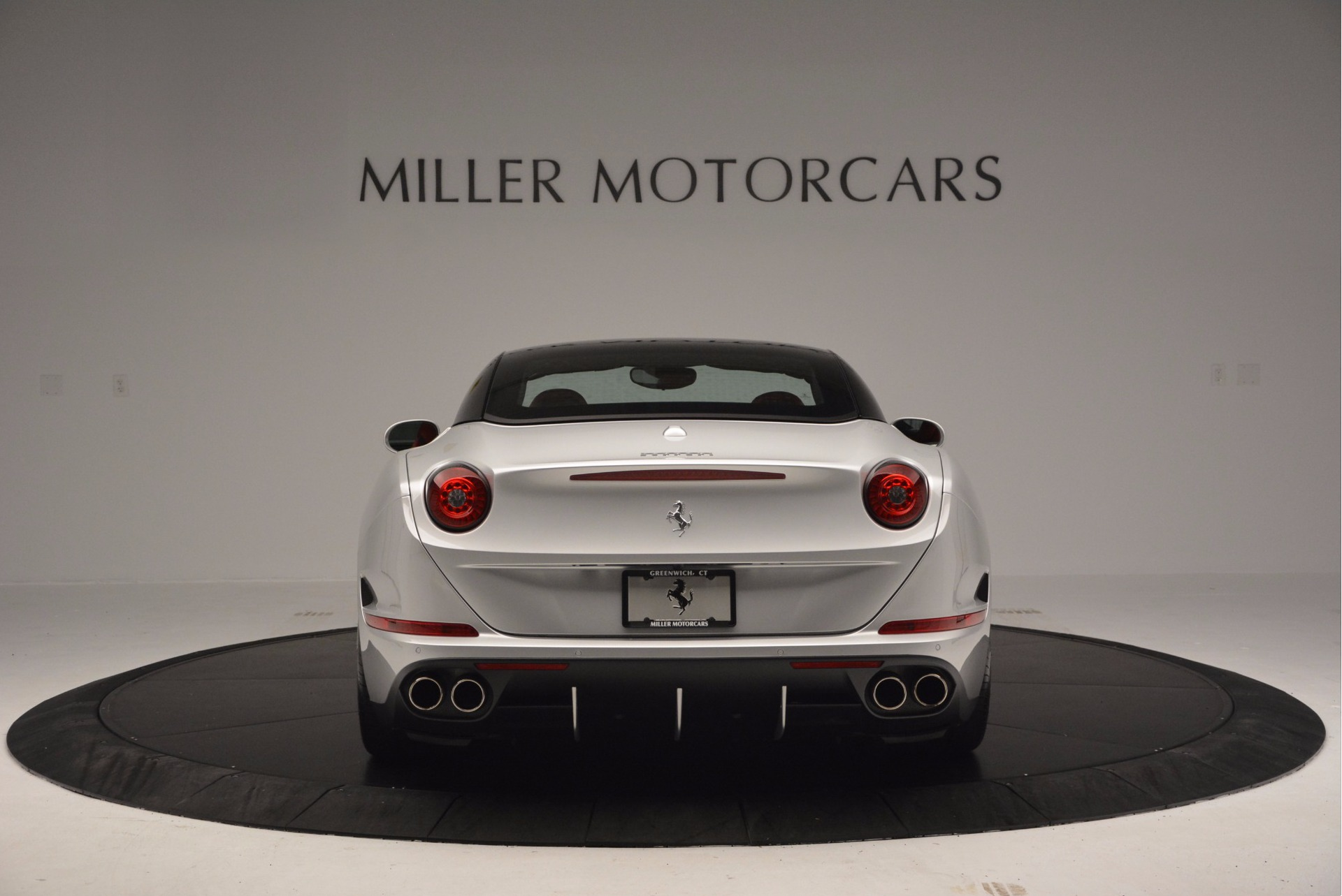 Used 2015 Ferrari California T  For Sale In Greenwich, CT 1808_p18