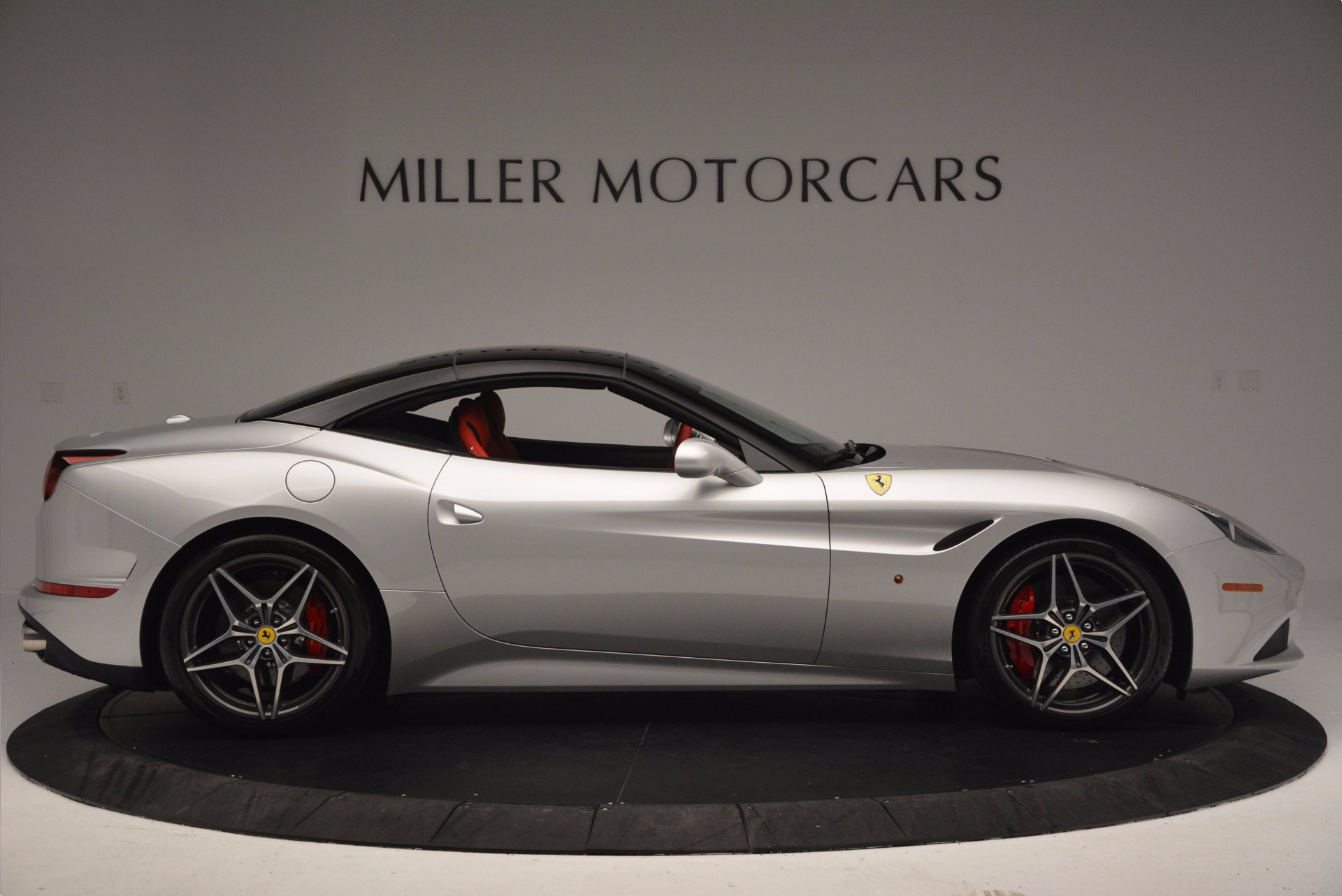 Used 2015 Ferrari California T  For Sale In Greenwich, CT 1808_p21