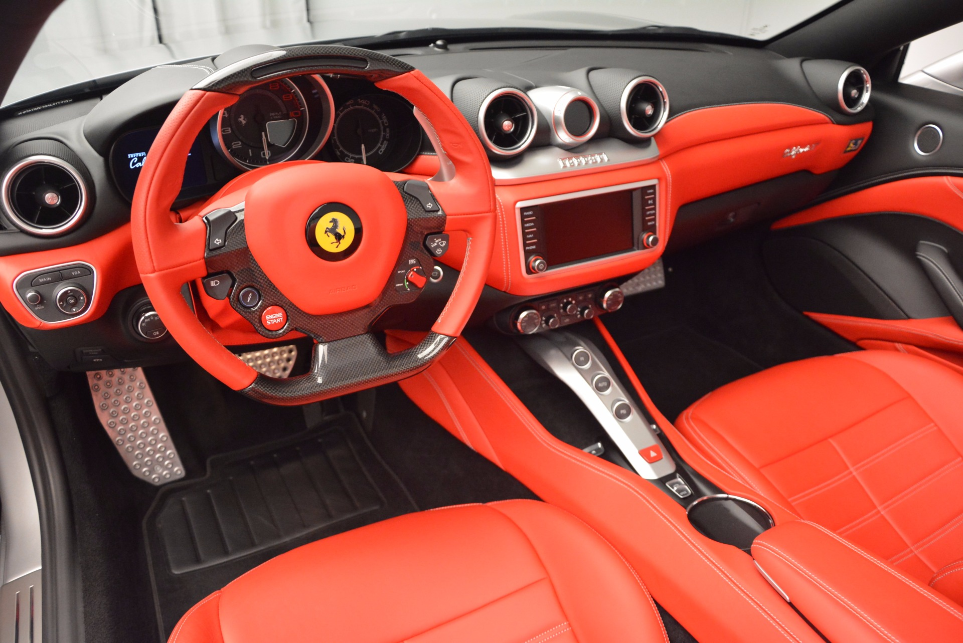 Used 2015 Ferrari California T  For Sale In Greenwich, CT 1808_p25