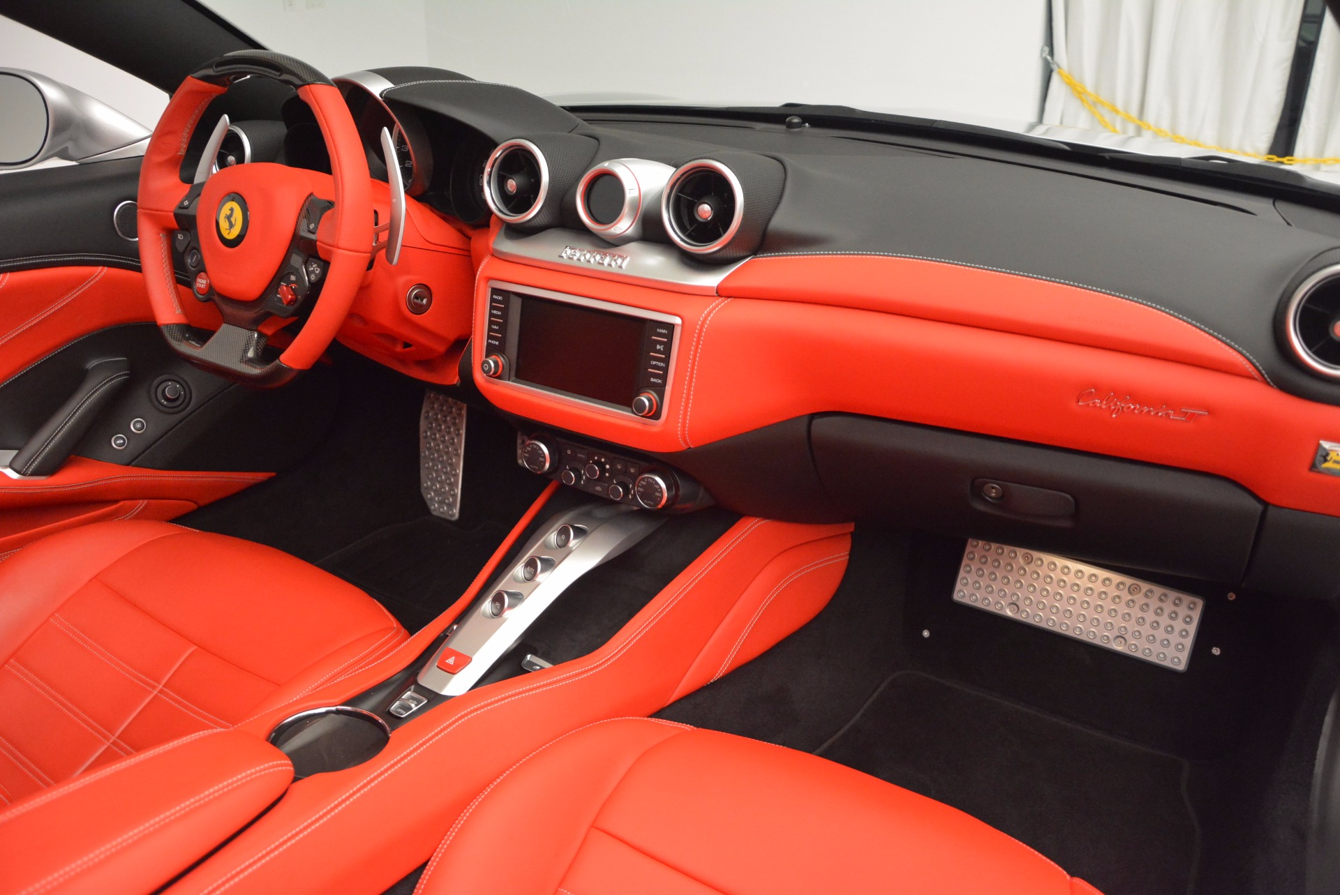 Used 2015 Ferrari California T  For Sale In Greenwich, CT 1808_p30