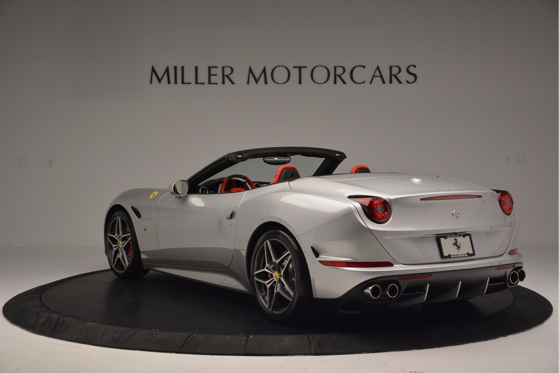 Used 2015 Ferrari California T  For Sale In Greenwich, CT 1808_p5