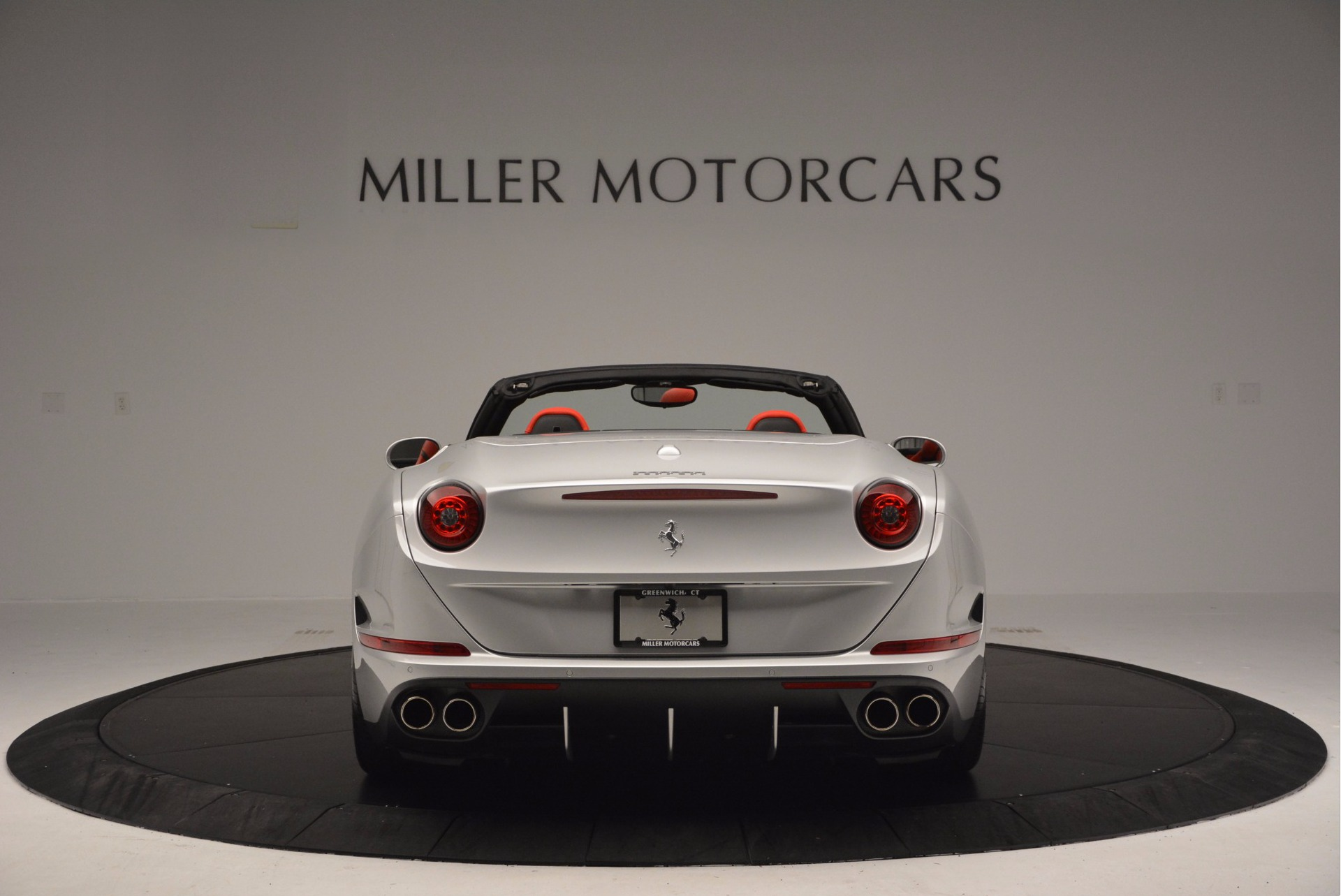 Used 2015 Ferrari California T  For Sale In Greenwich, CT 1808_p6