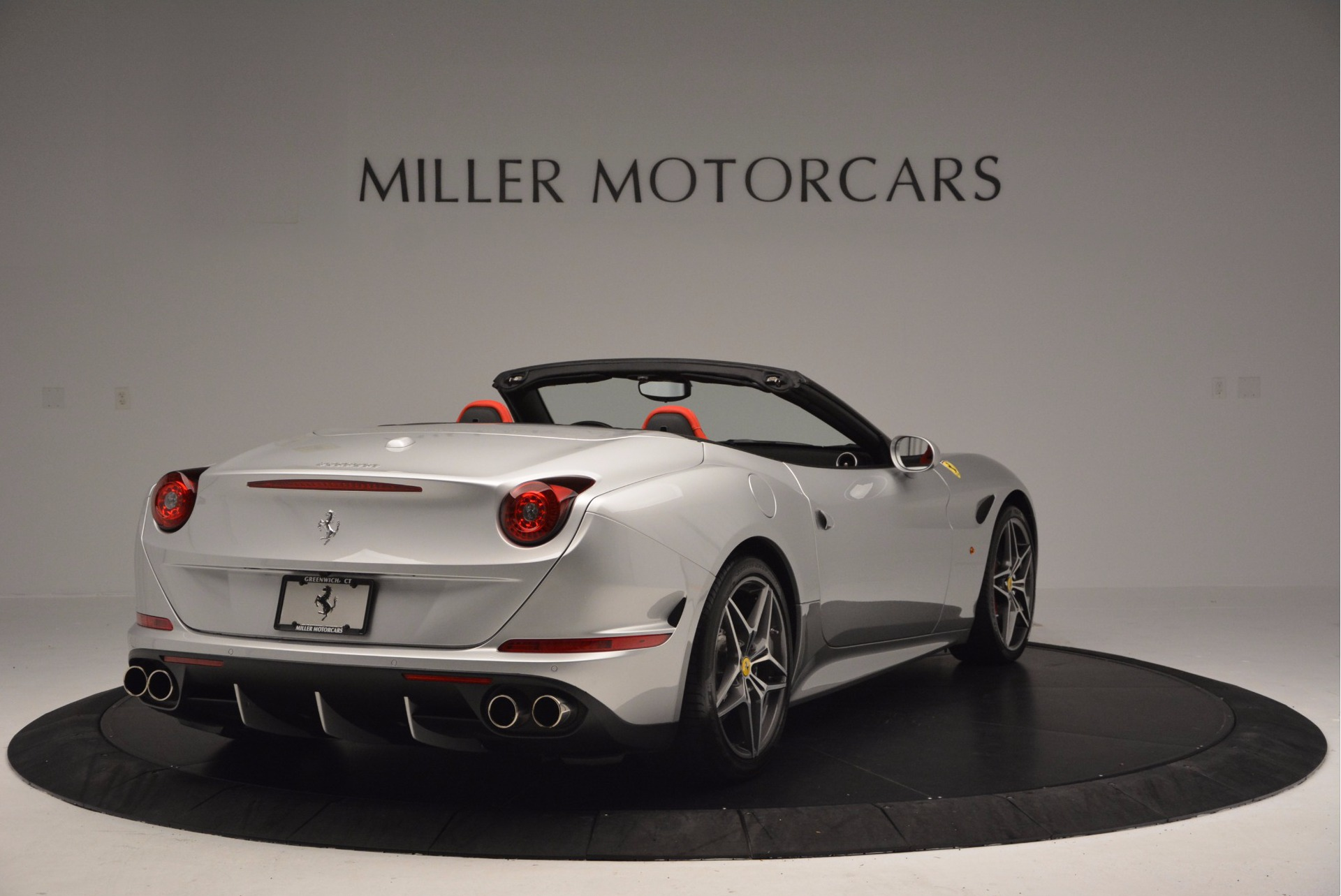 Used 2015 Ferrari California T  For Sale In Greenwich, CT 1808_p7