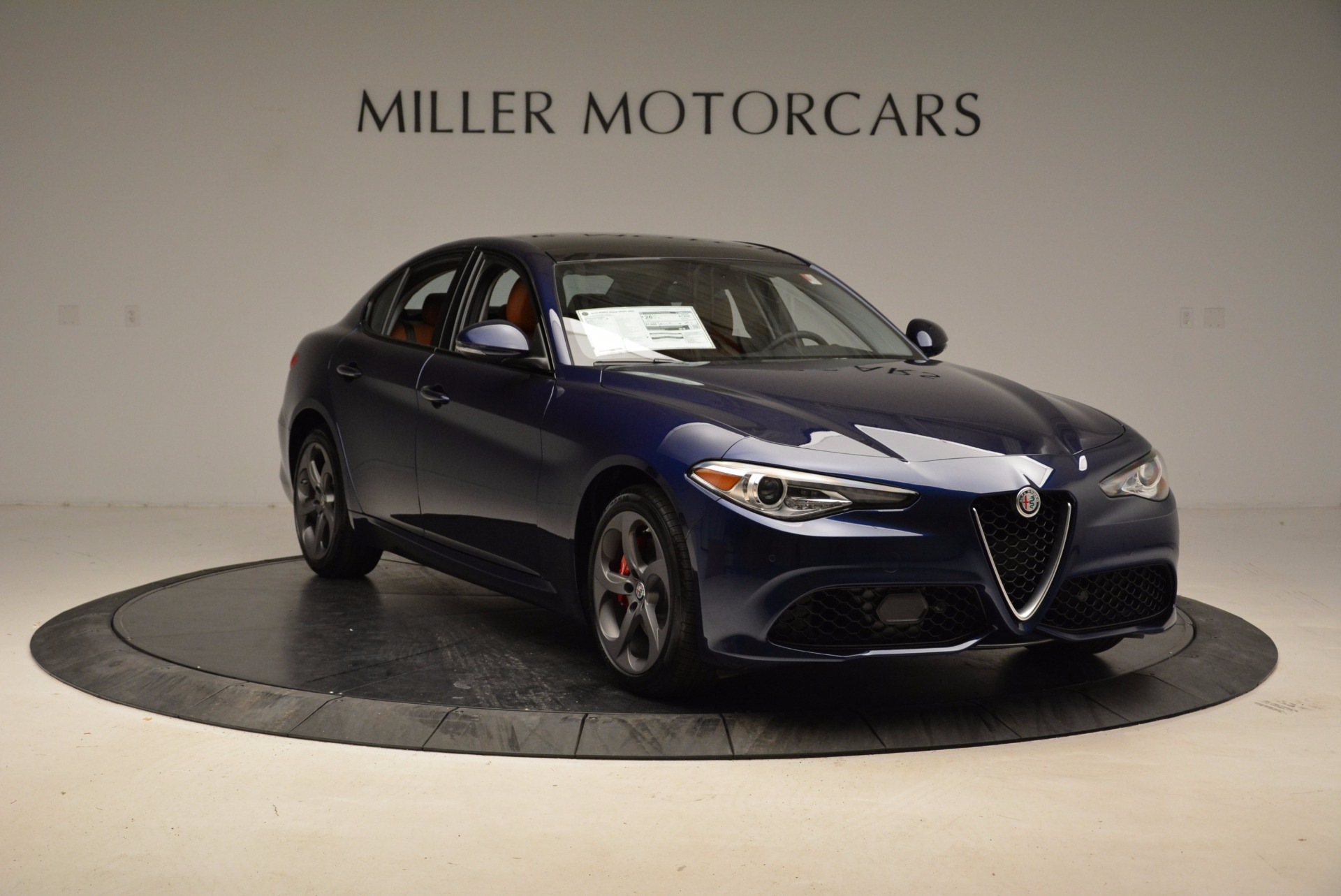 New 2018 Alfa Romeo Giulia Sport Q4 For Sale In Greenwich, CT 1822_p11