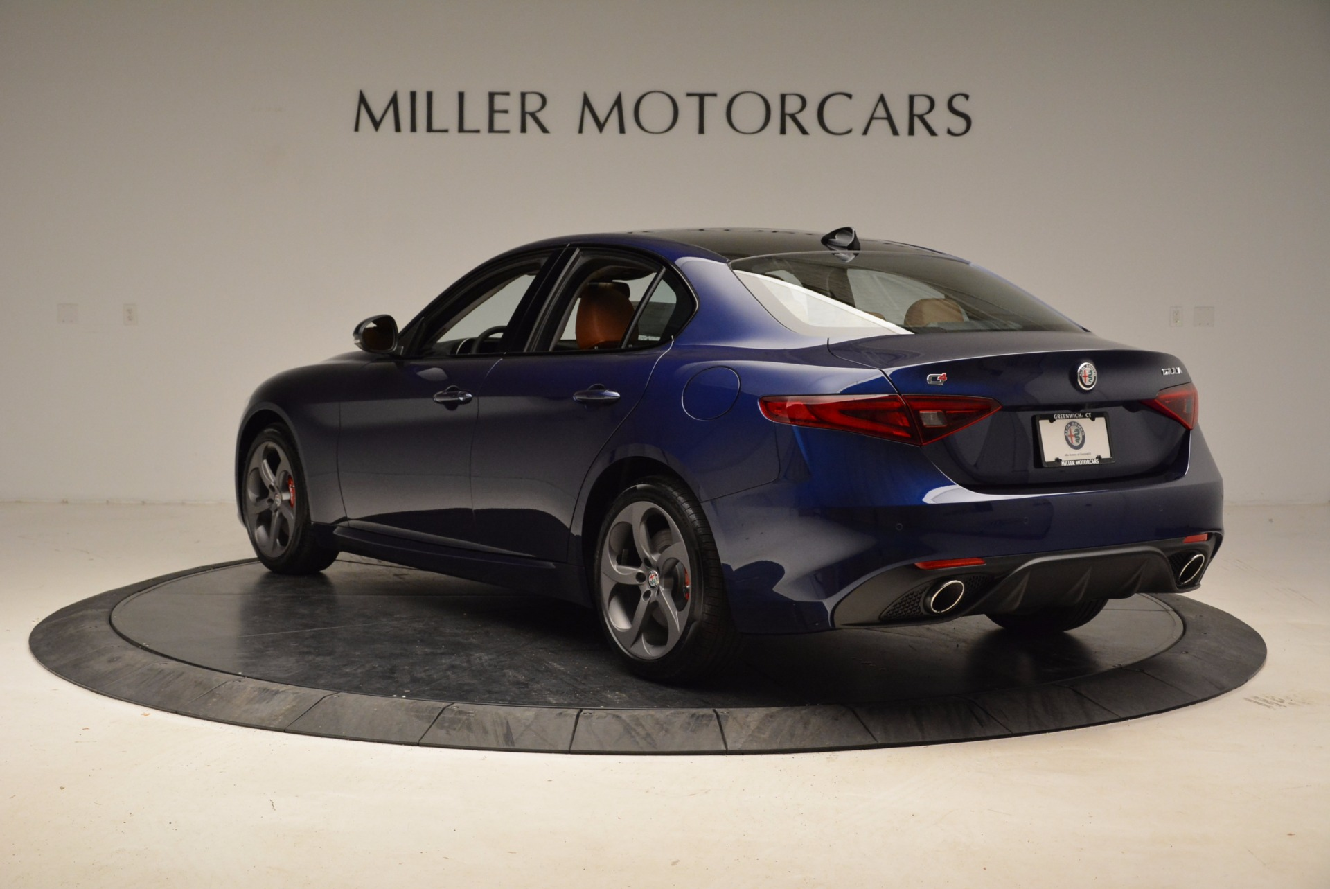 New 2018 Alfa Romeo Giulia Sport Q4 For Sale In Greenwich, CT 1822_p5