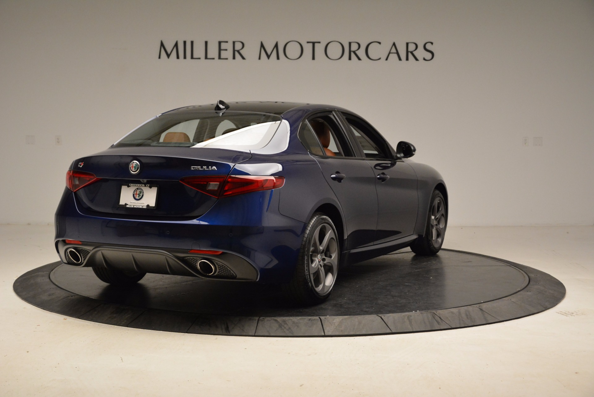 New 2018 Alfa Romeo Giulia Sport Q4 For Sale In Greenwich, CT 1822_p7