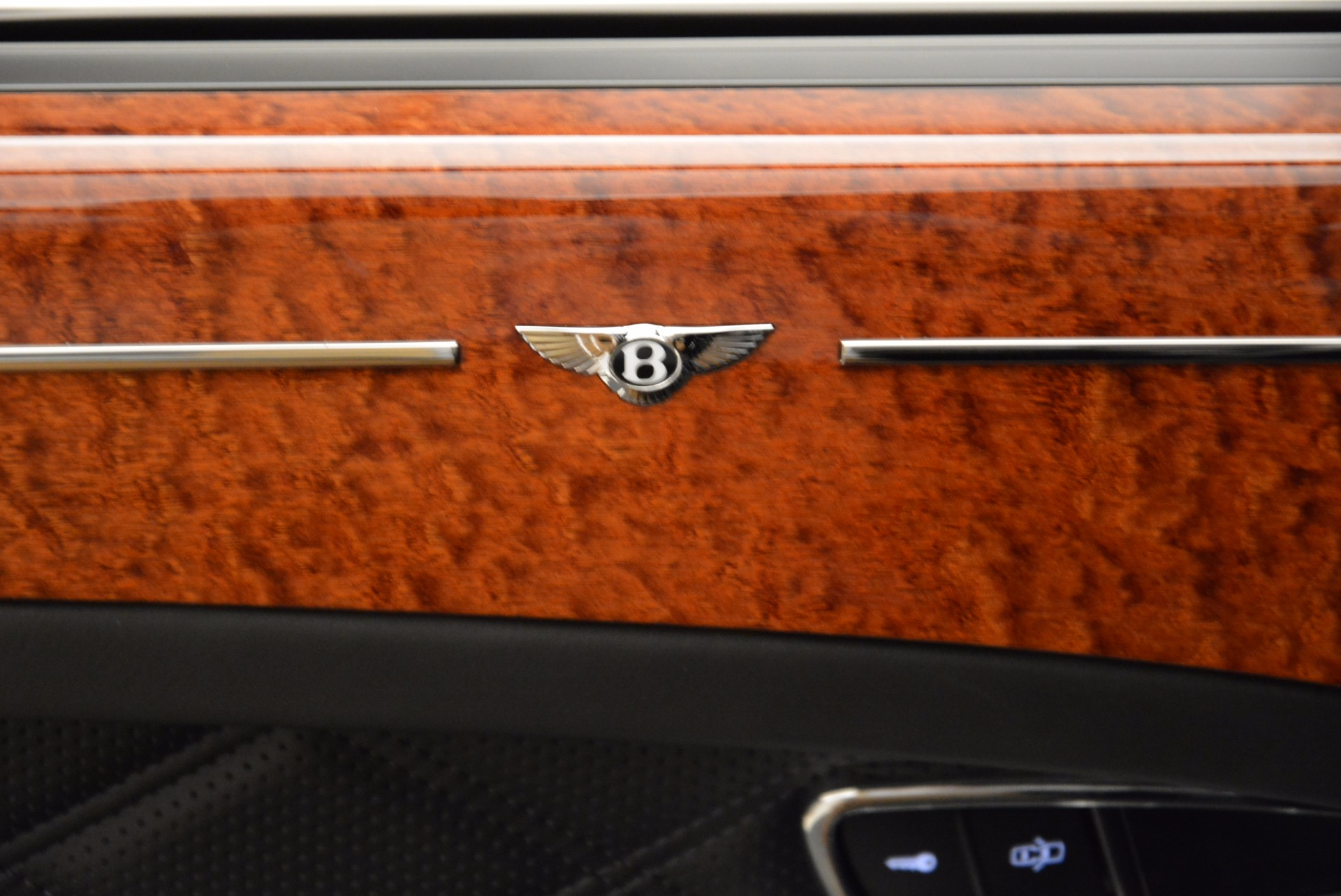 Used 2016 Bentley Mulsanne  For Sale In Greenwich, CT 1826_p22