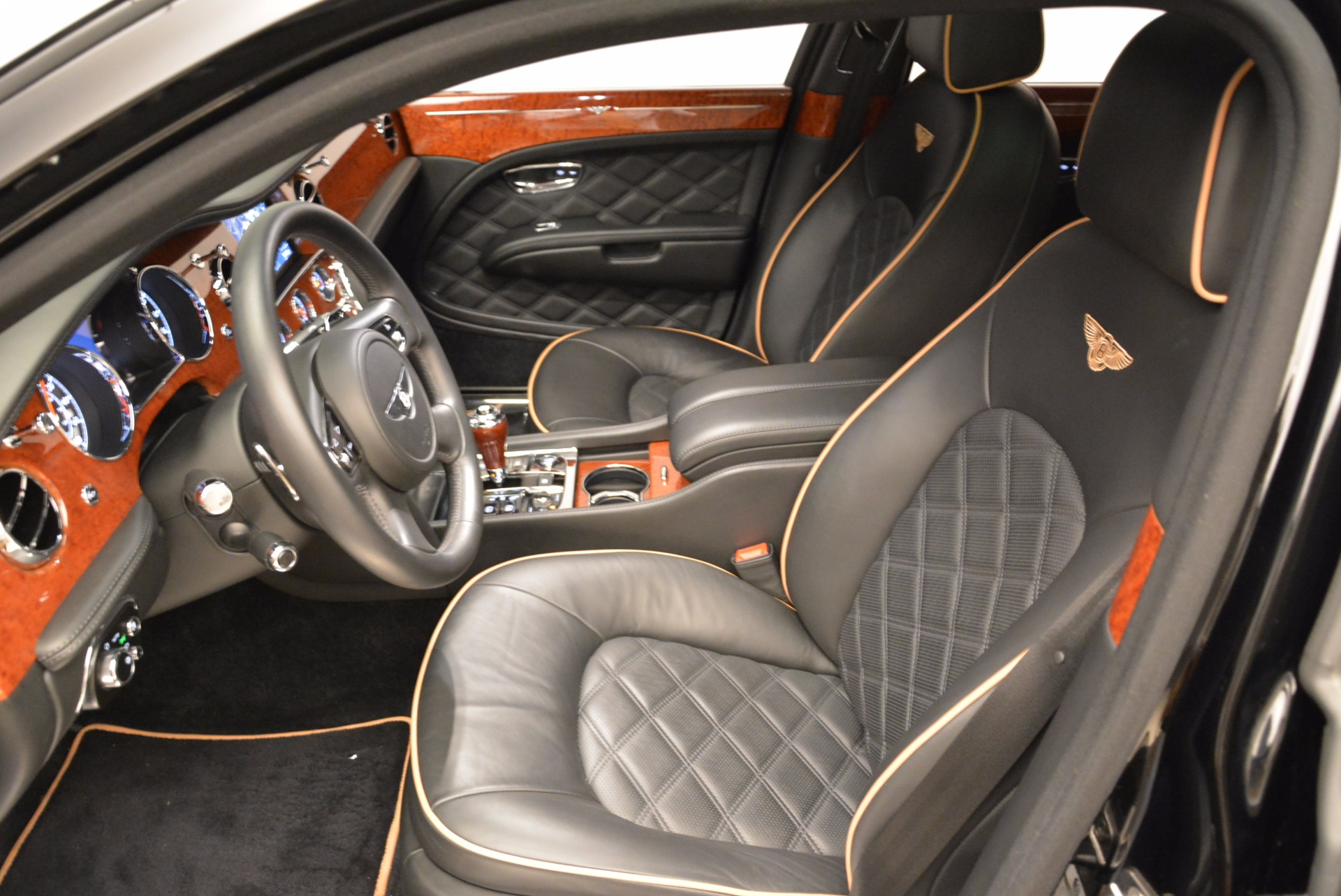 Used 2016 Bentley Mulsanne  For Sale In Greenwich, CT 1826_p25