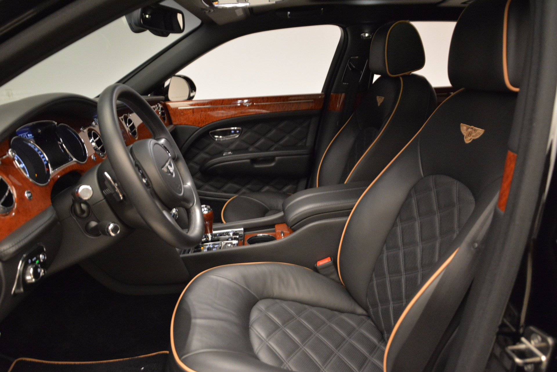 Used 2016 Bentley Mulsanne  For Sale In Greenwich, CT 1826_p26