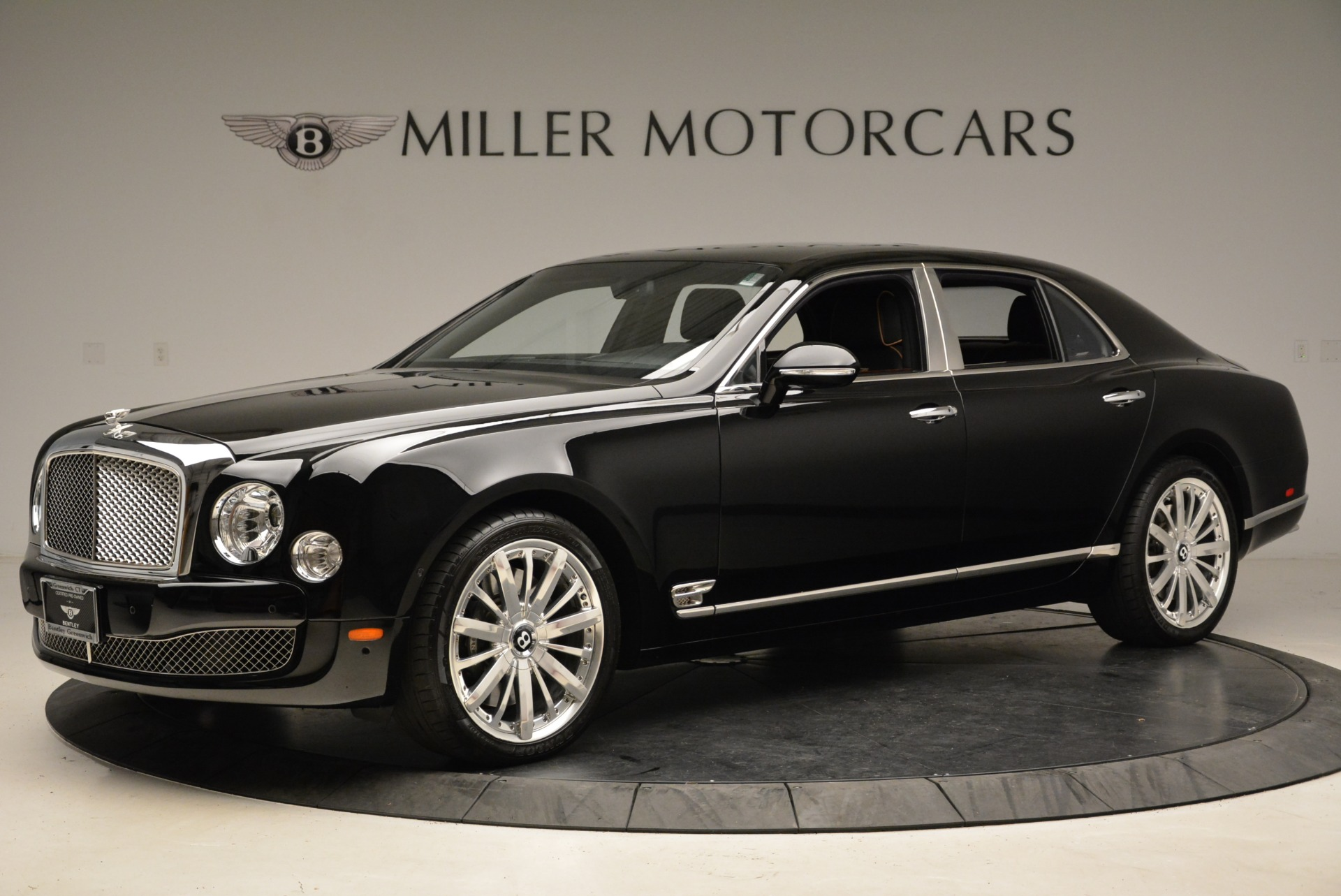 Used 2016 Bentley Mulsanne  For Sale In Greenwich, CT 1826_p3