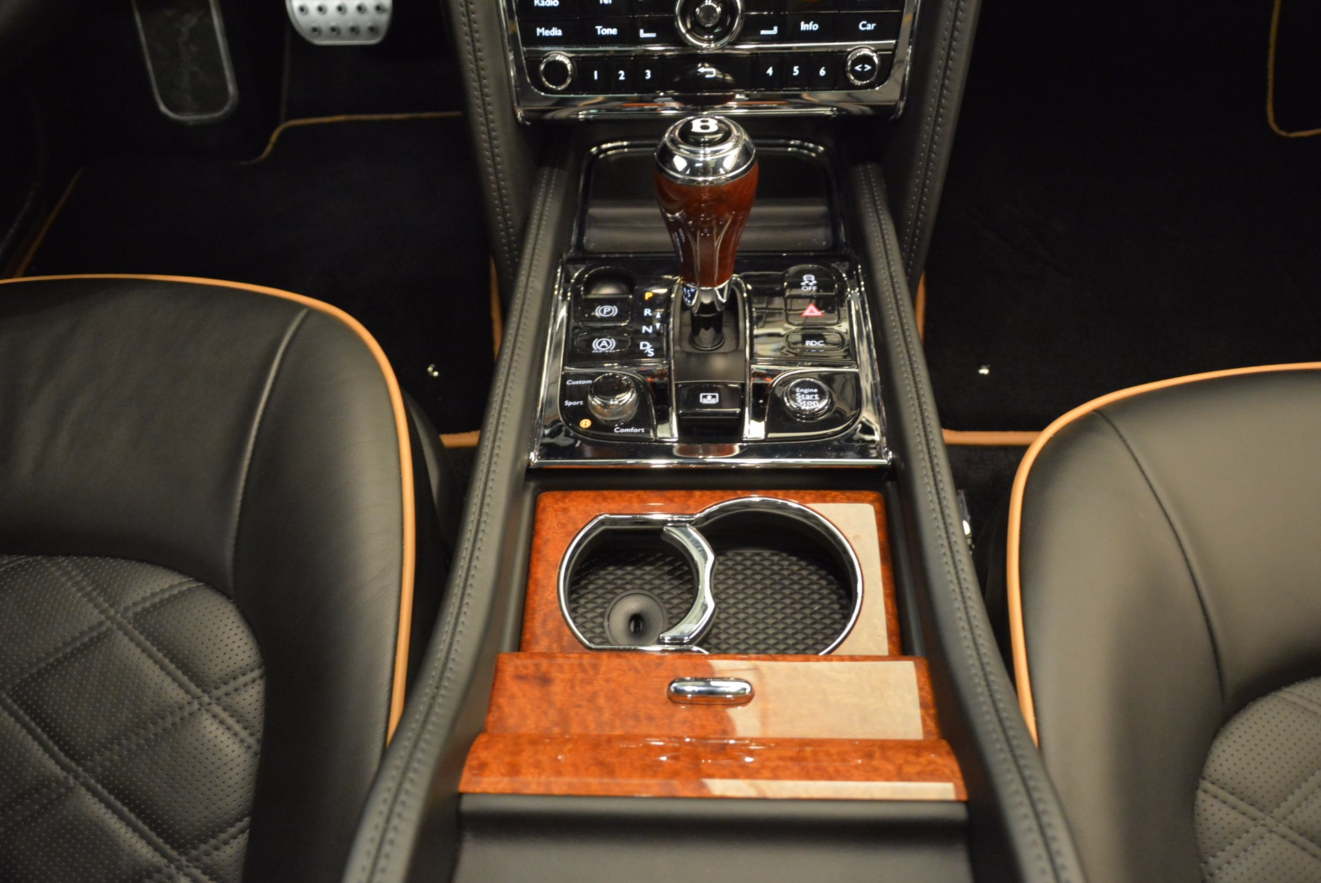 Used 2016 Bentley Mulsanne  For Sale In Greenwich, CT 1826_p50