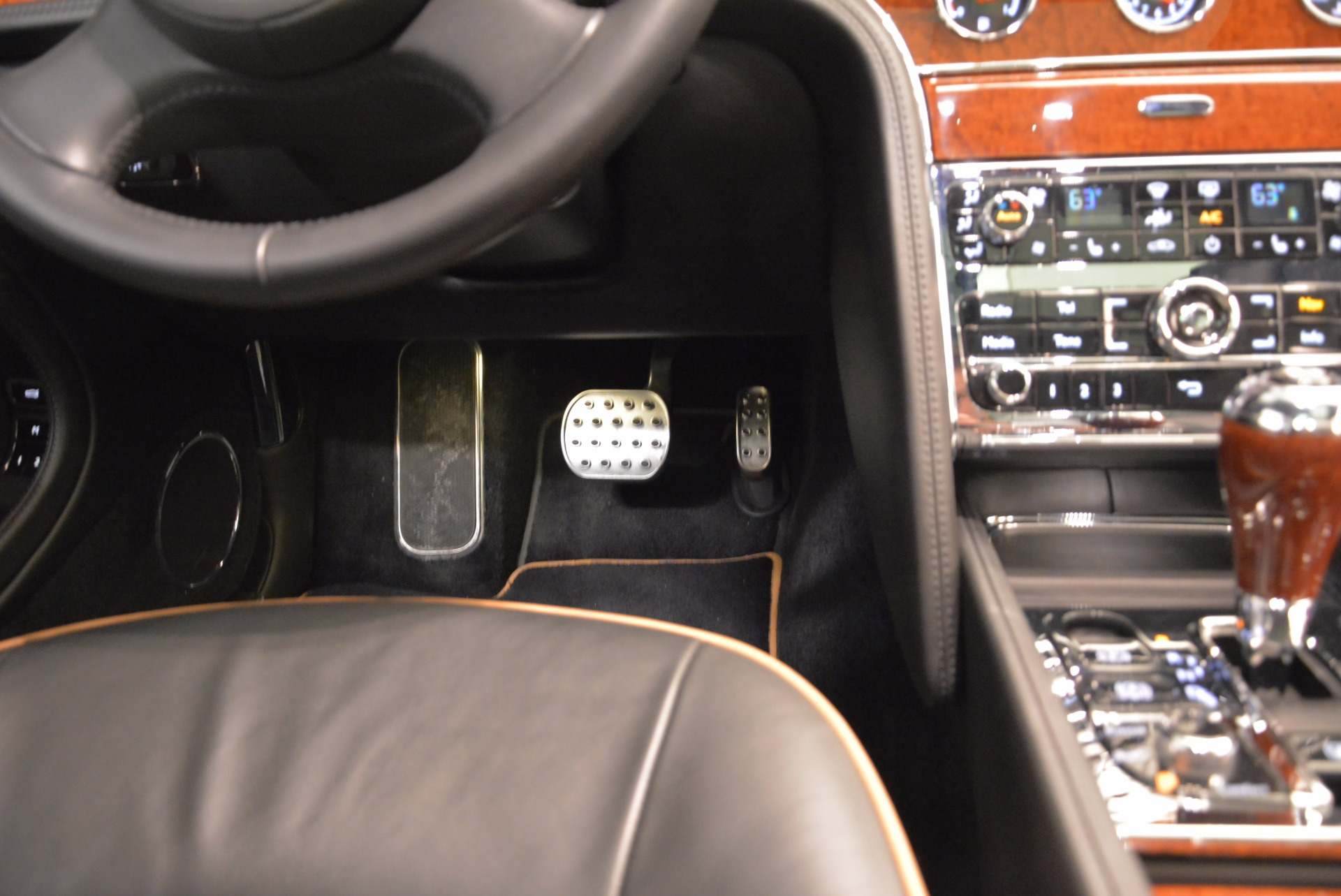 Used 2016 Bentley Mulsanne  For Sale In Greenwich, CT 1826_p52