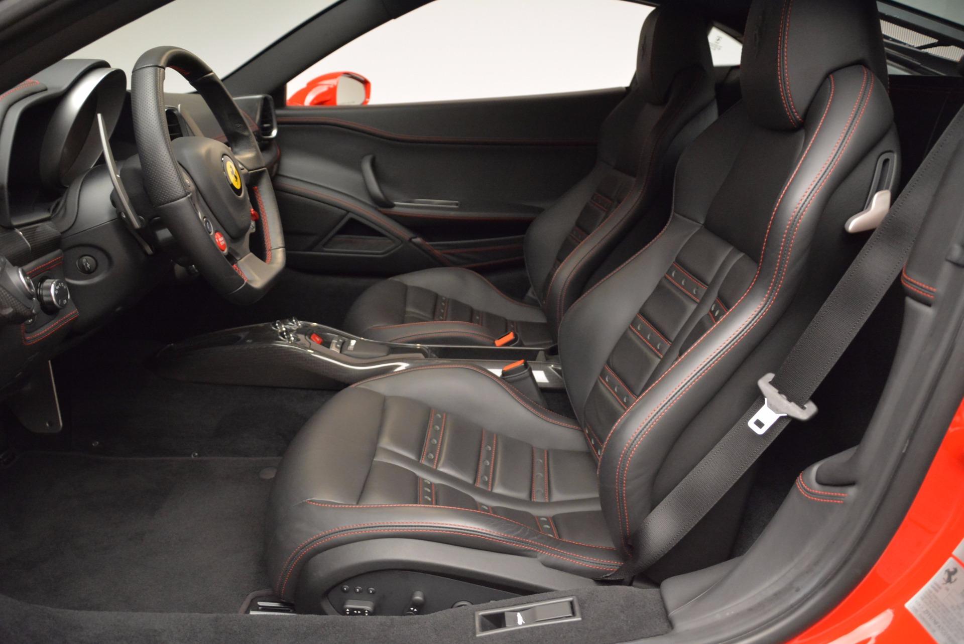 Used 2012 Ferrari 458 Italia  For Sale In Greenwich, CT 1833_p14