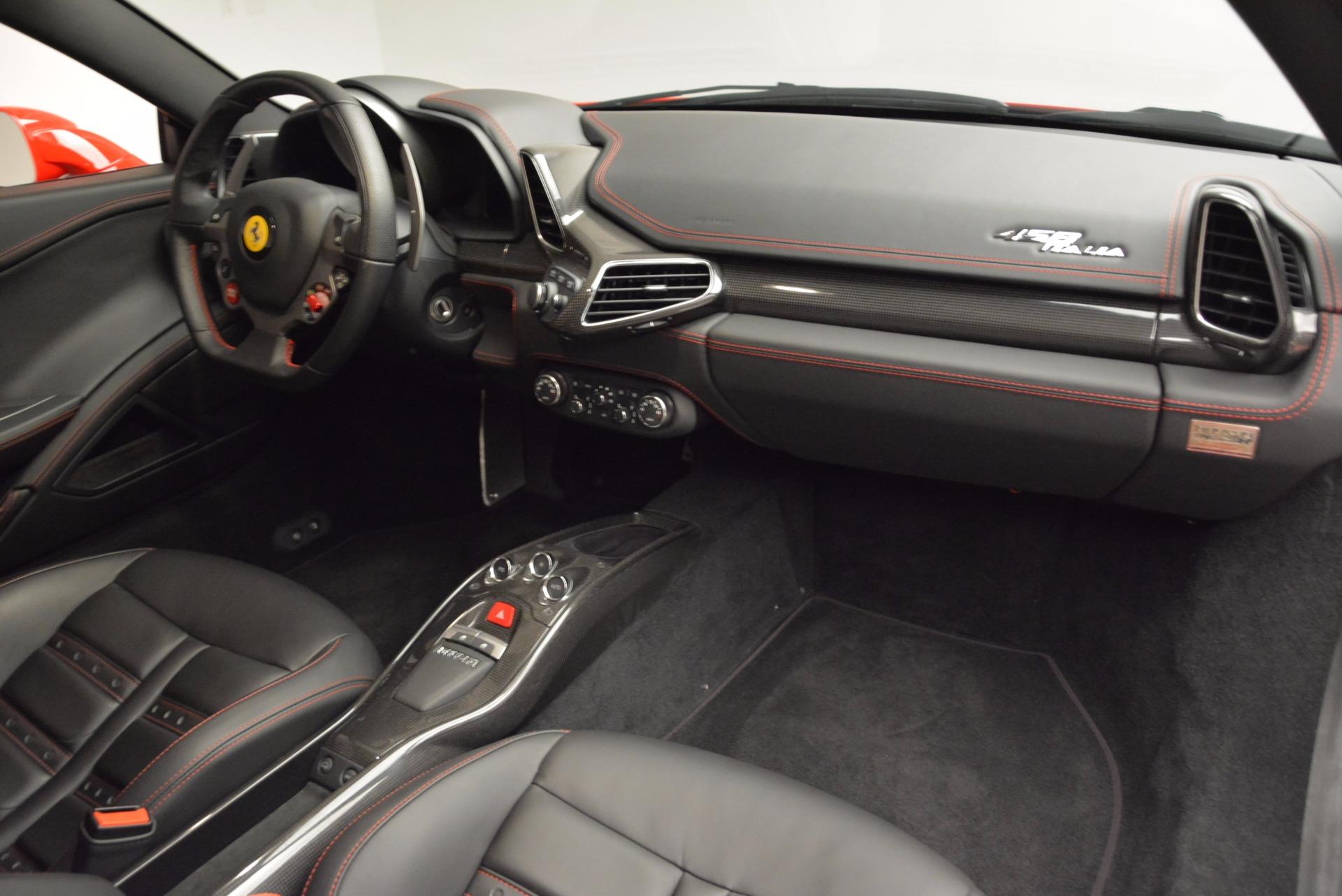 Used 2012 Ferrari 458 Italia  For Sale In Greenwich, CT 1833_p17