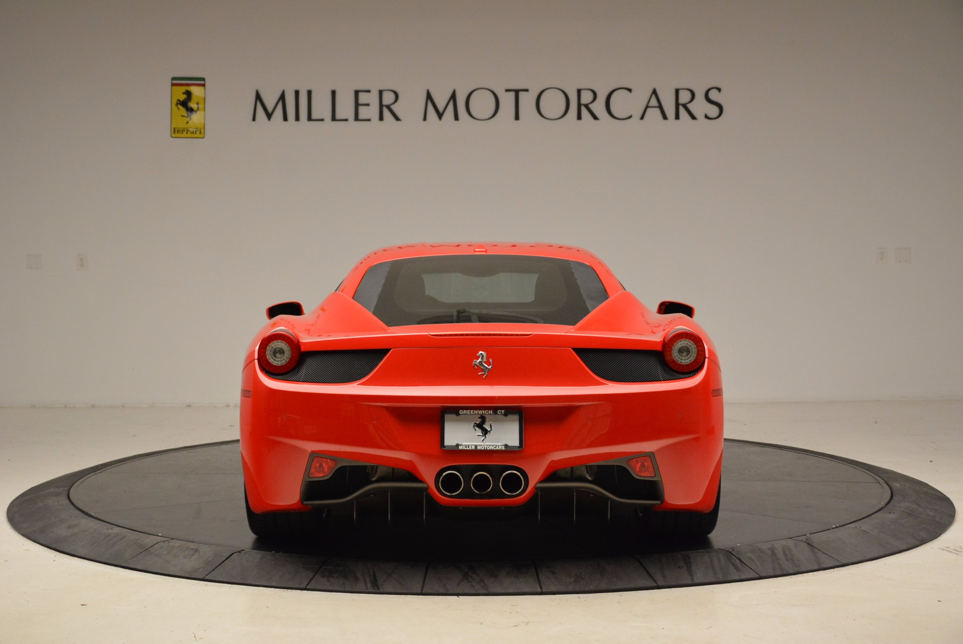 Used 2012 Ferrari 458 Italia  For Sale In Greenwich, CT 1833_p6