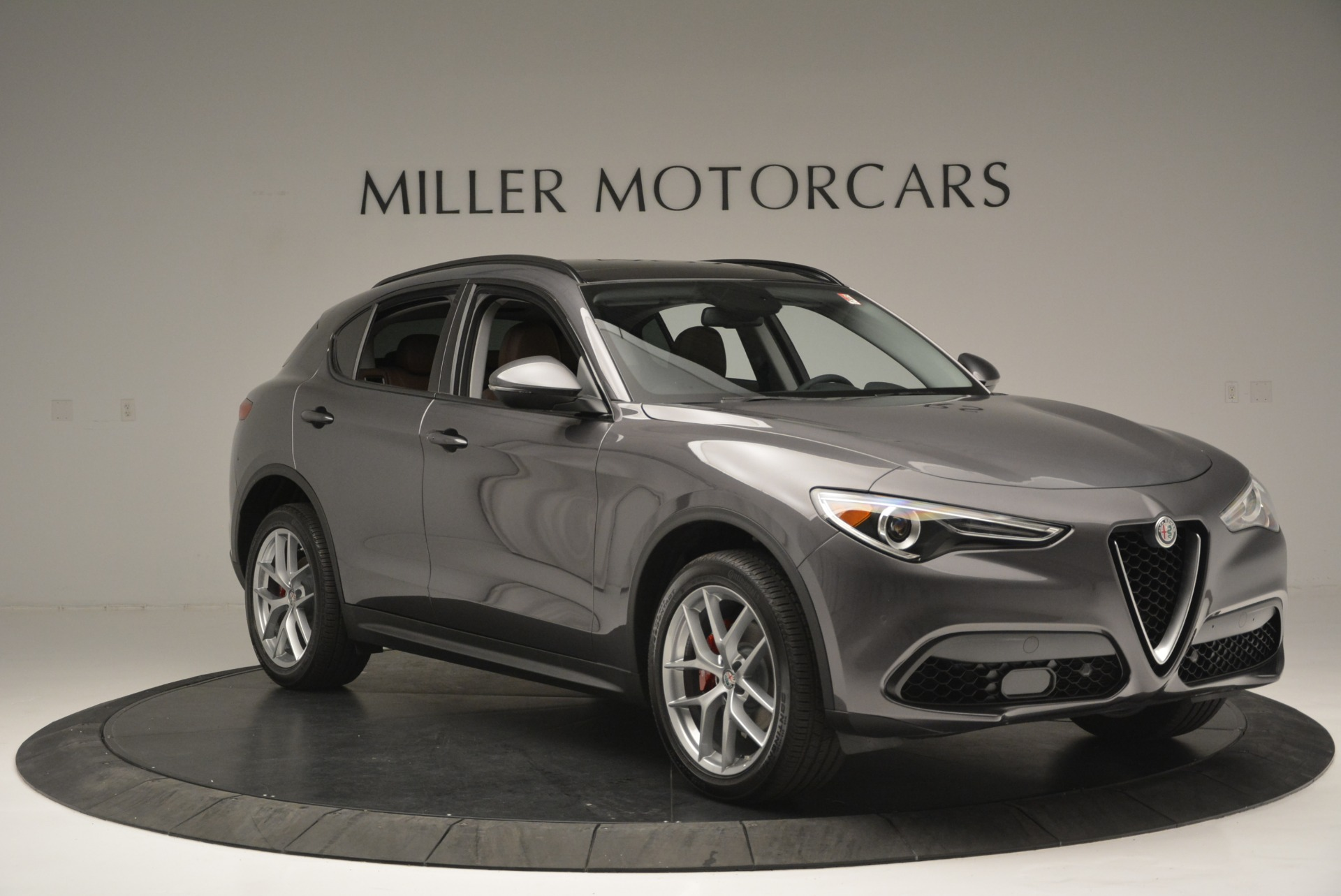 New 2018 Alfa Romeo Stelvio Sport Q4 For Sale In Greenwich, CT 1837_p11