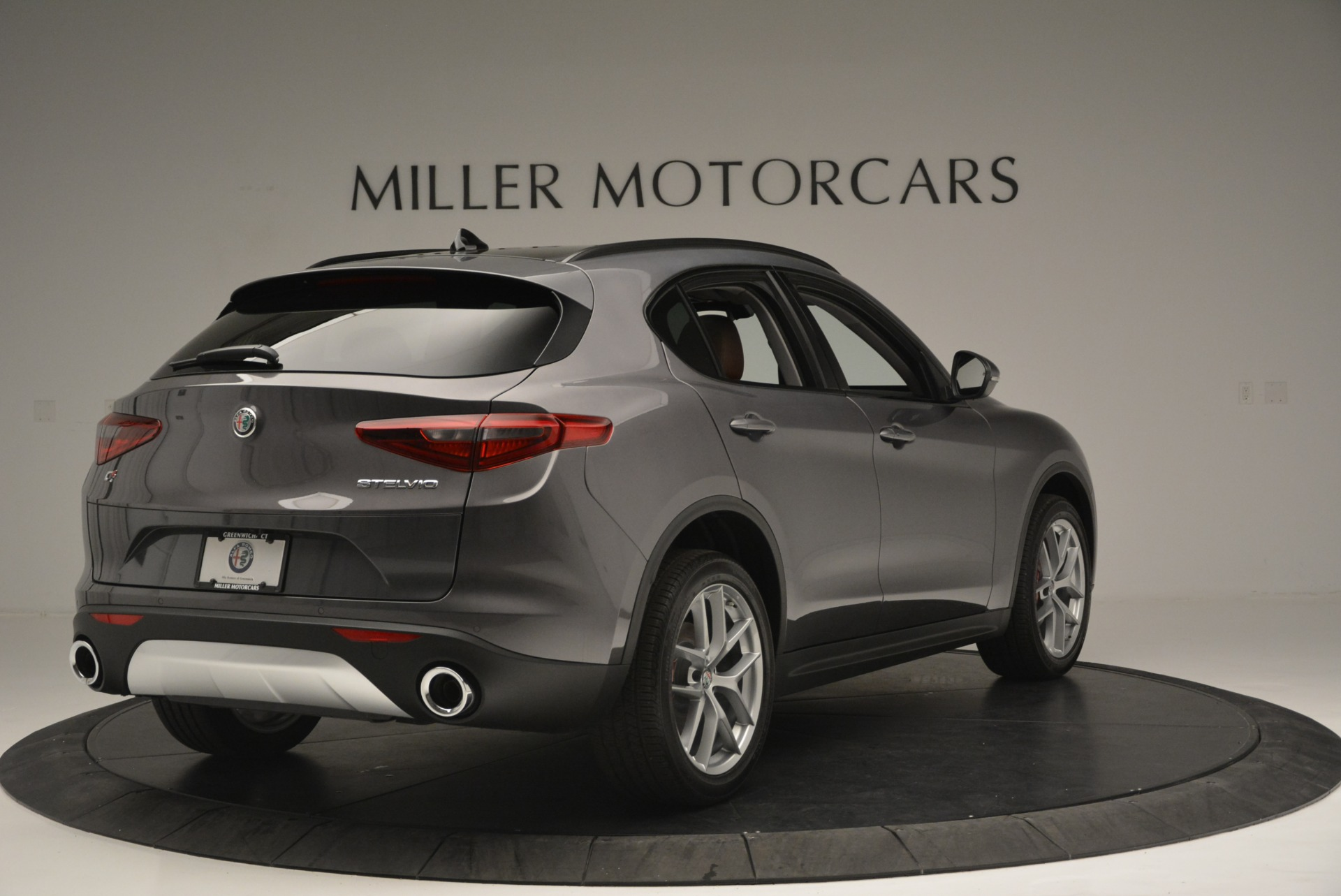 New 2018 Alfa Romeo Stelvio Sport Q4 For Sale In Greenwich, CT 1837_p7
