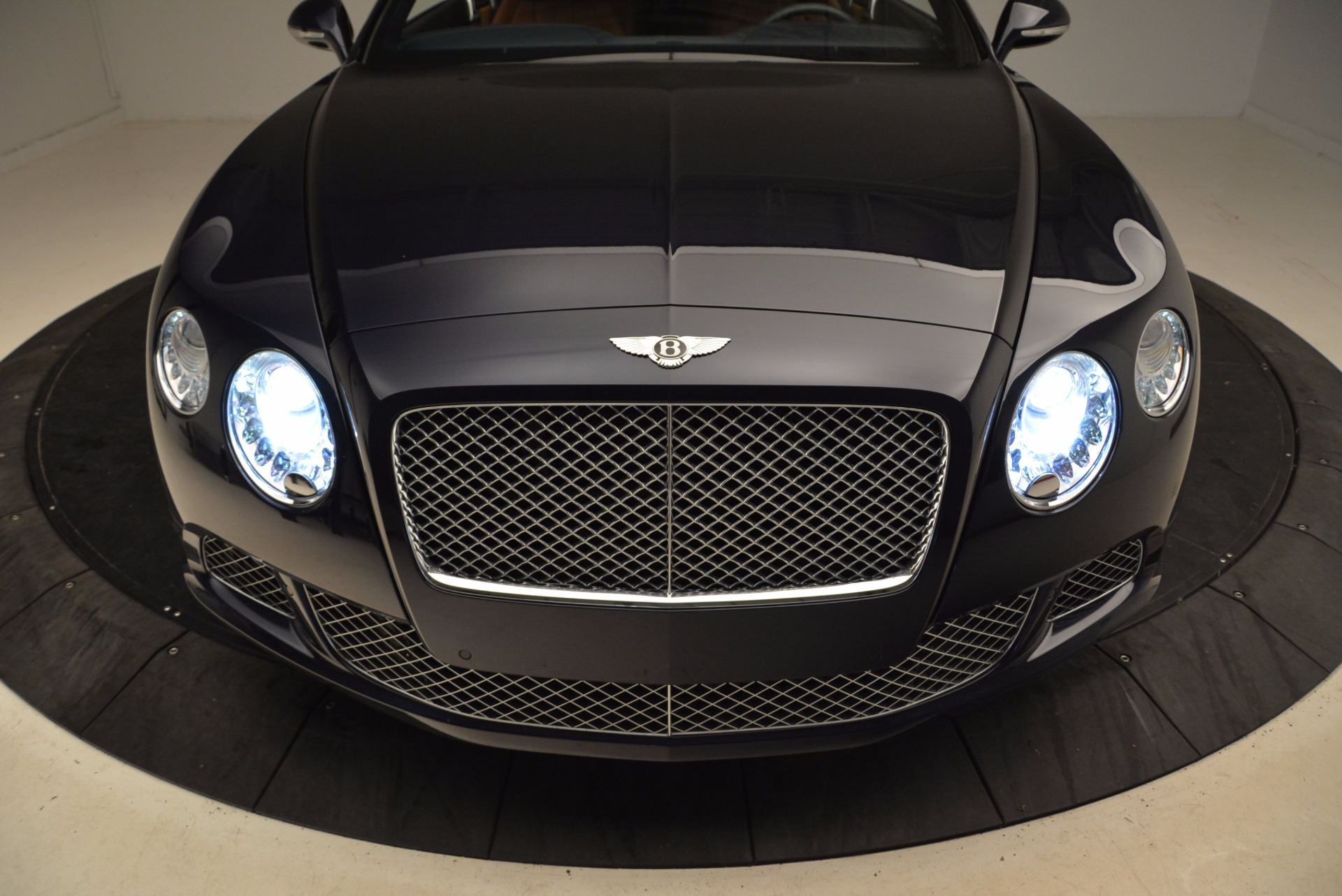 Used 2014 Bentley Continental GT W12 For Sale In Greenwich, CT 1845_p15
