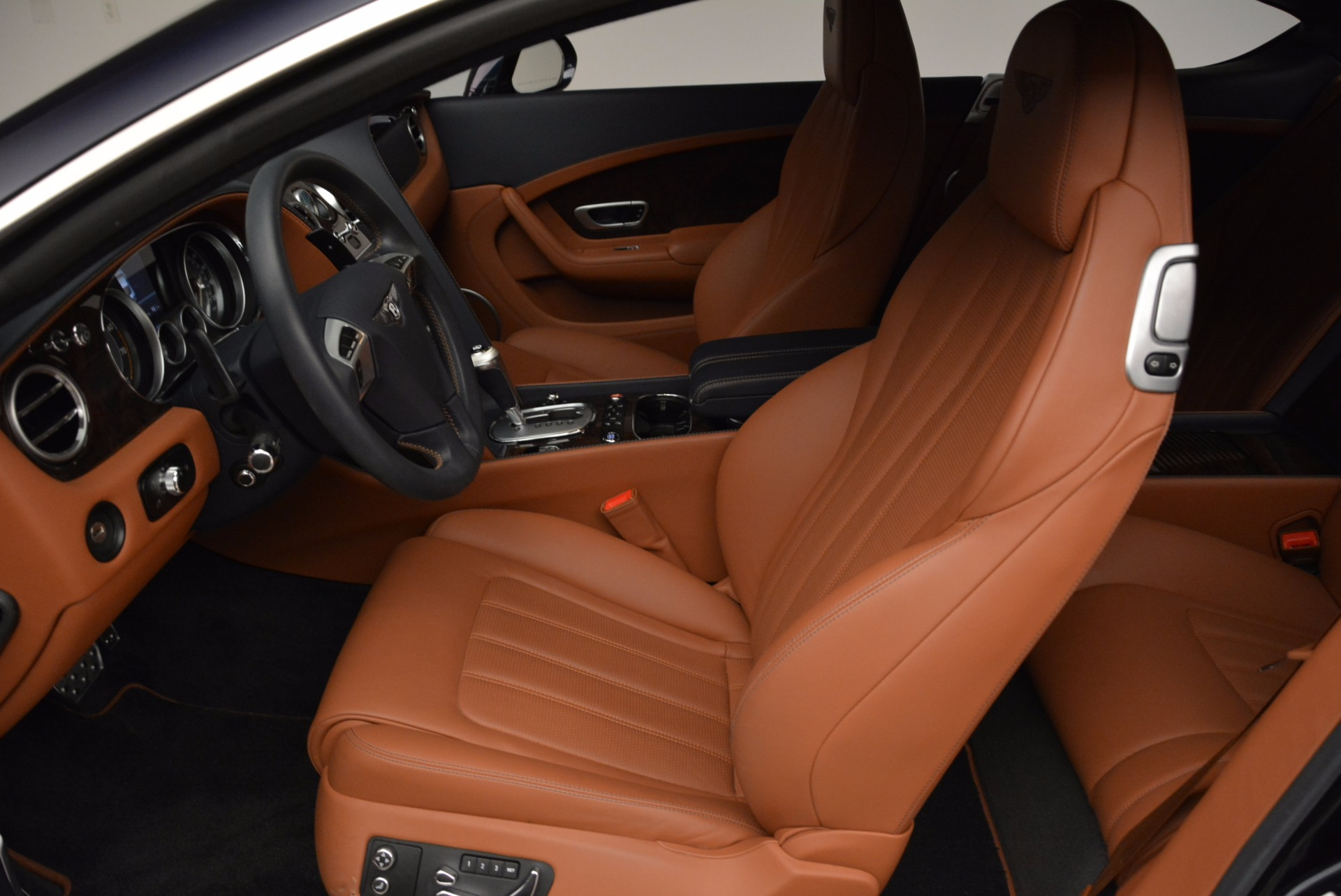 Used 2014 Bentley Continental GT W12 For Sale In Greenwich, CT 1845_p23