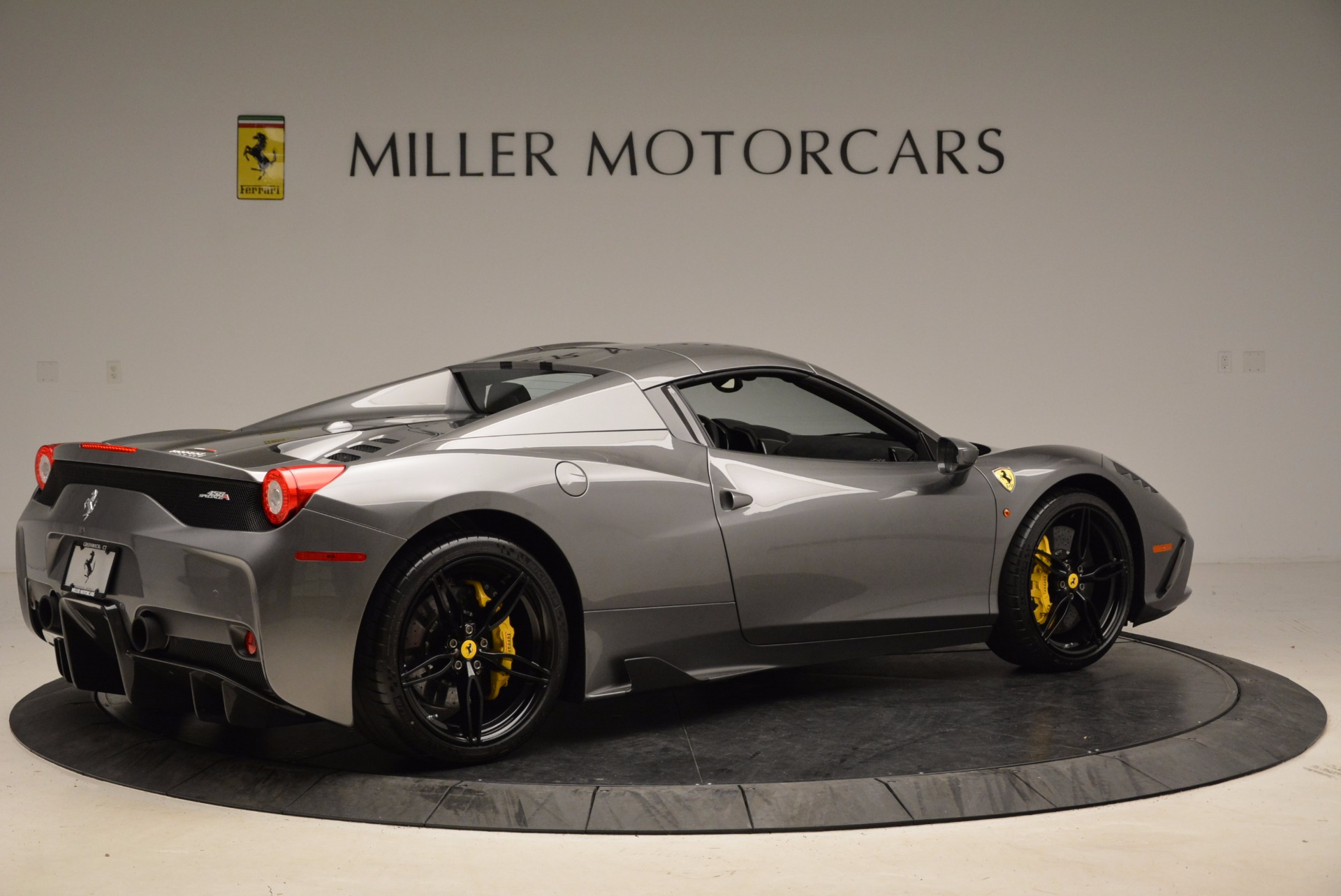 Used 2015 Ferrari 458 Speciale Aperta  For Sale In Greenwich, CT 1847_p20