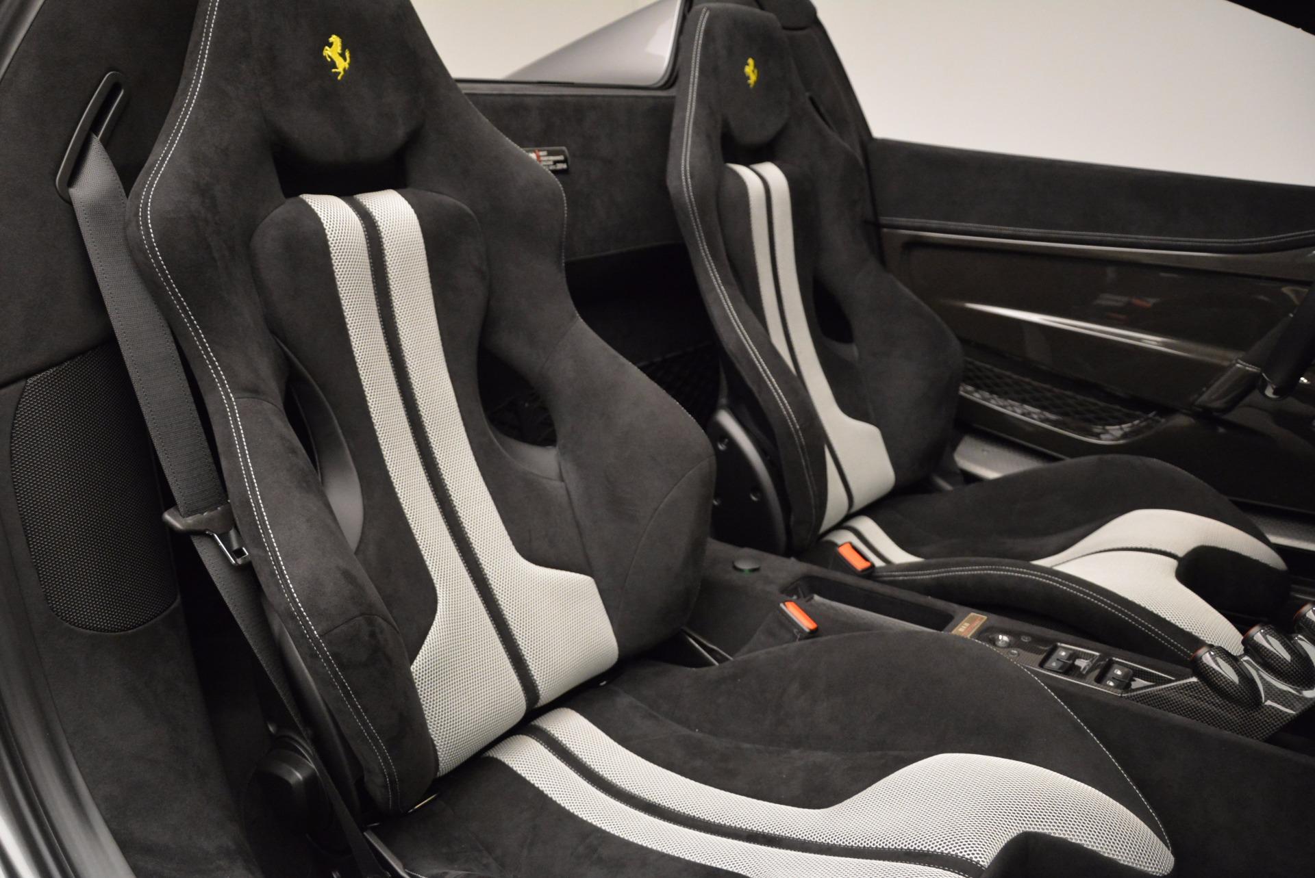 Used 2015 Ferrari 458 Speciale Aperta  For Sale In Greenwich, CT 1847_p32