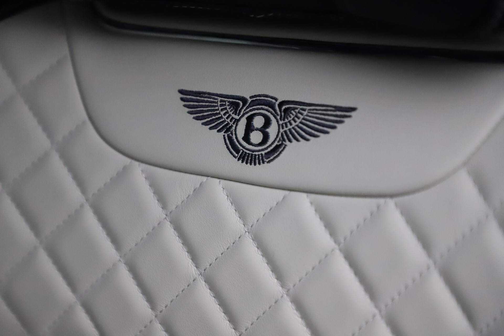 New 2018 Bentley Bentayga Signature For Sale In Greenwich, CT 1873_p21