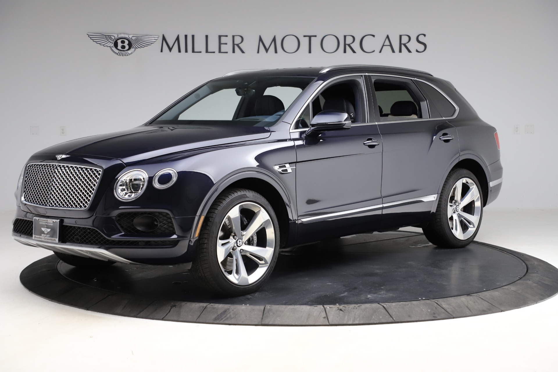 New 2018 Bentley Bentayga Signature For Sale In Greenwich, CT 1873_p3