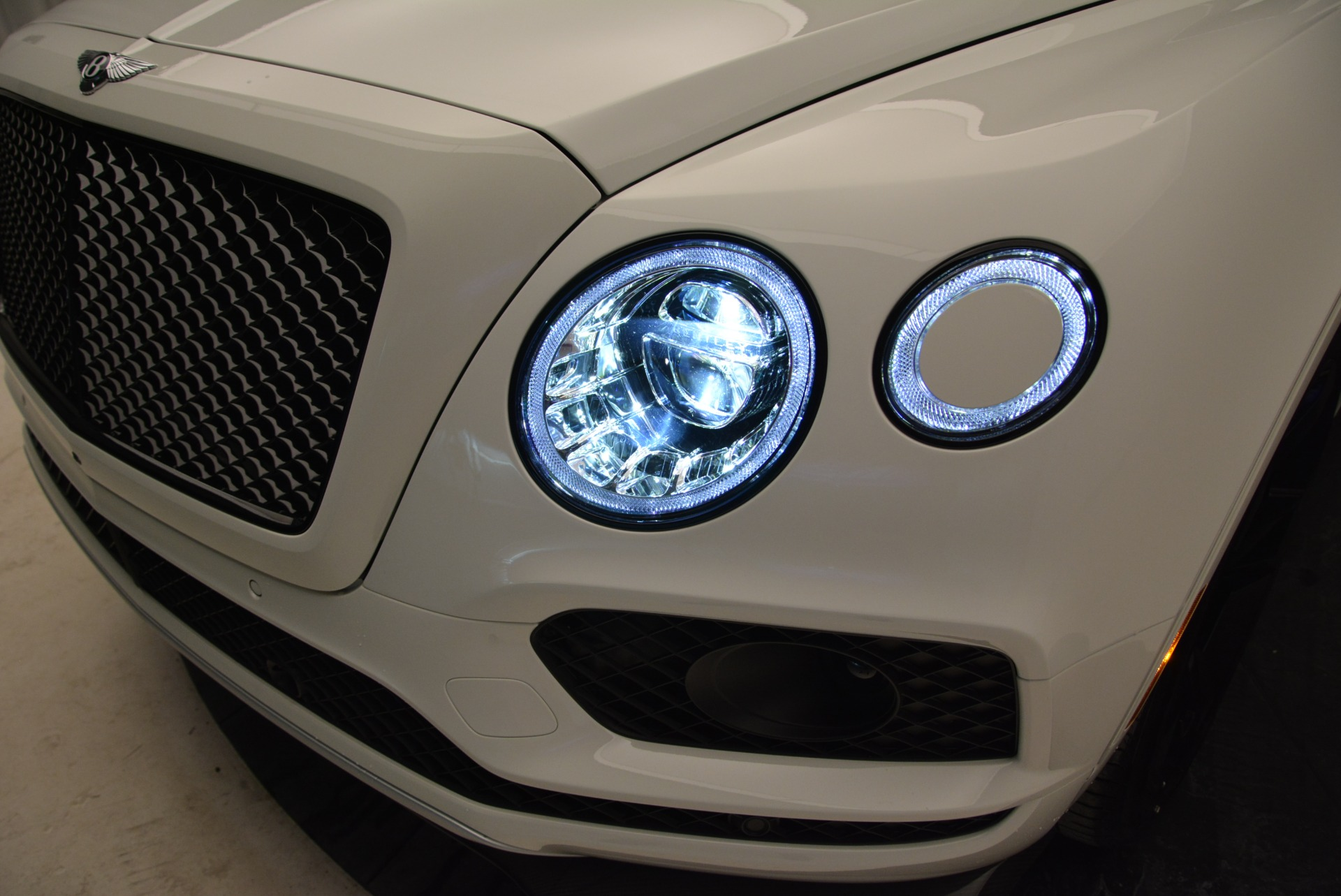 New 2018 Bentley Bentayga Black Edition For Sale In Greenwich, CT 1874_p16