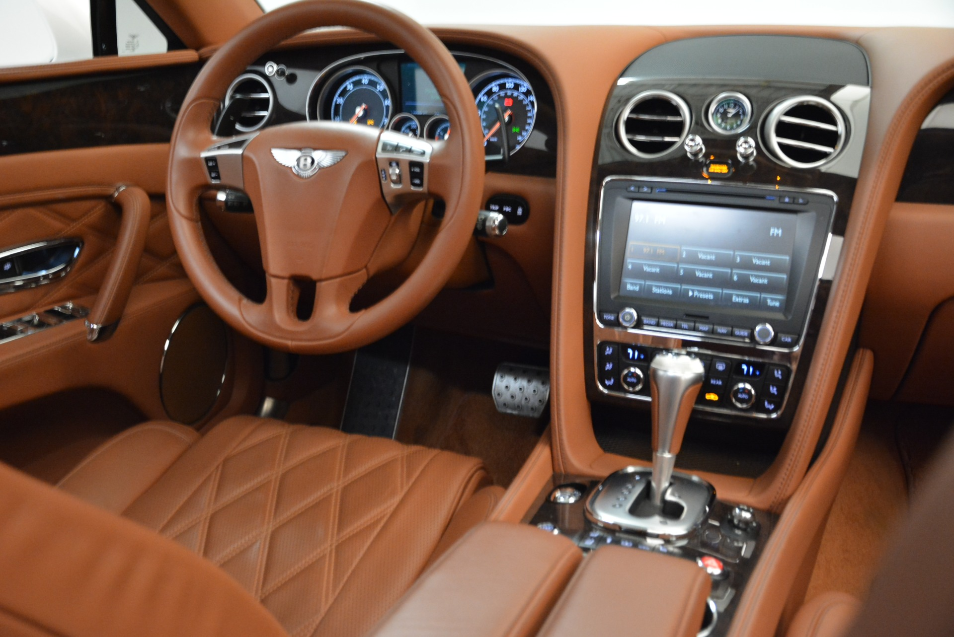 Used 2014 Bentley Flying Spur W12 For Sale In Greenwich, CT 1906_p40