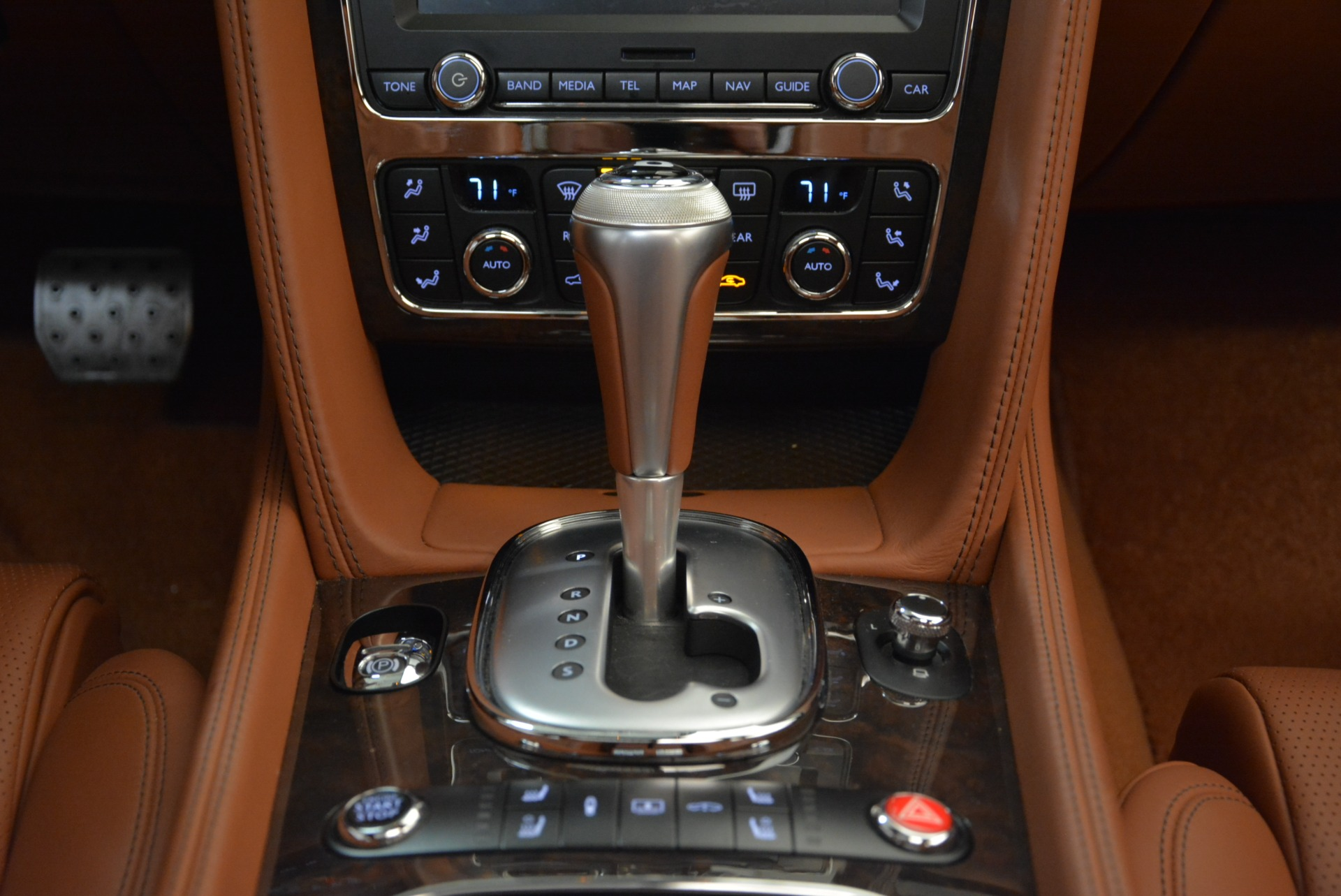 Used 2014 Bentley Flying Spur W12 For Sale In Greenwich, CT 1906_p44