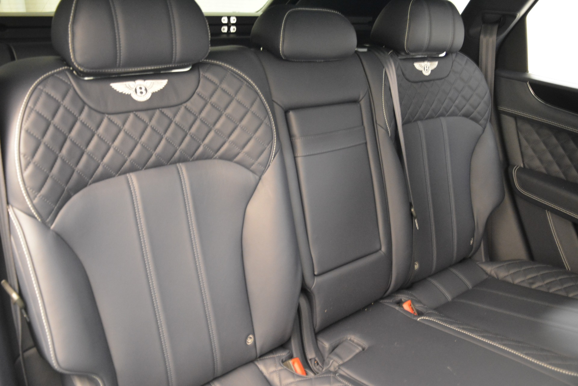 Used 2017 Bentley Bentayga  For Sale In Greenwich, CT 1907_p33
