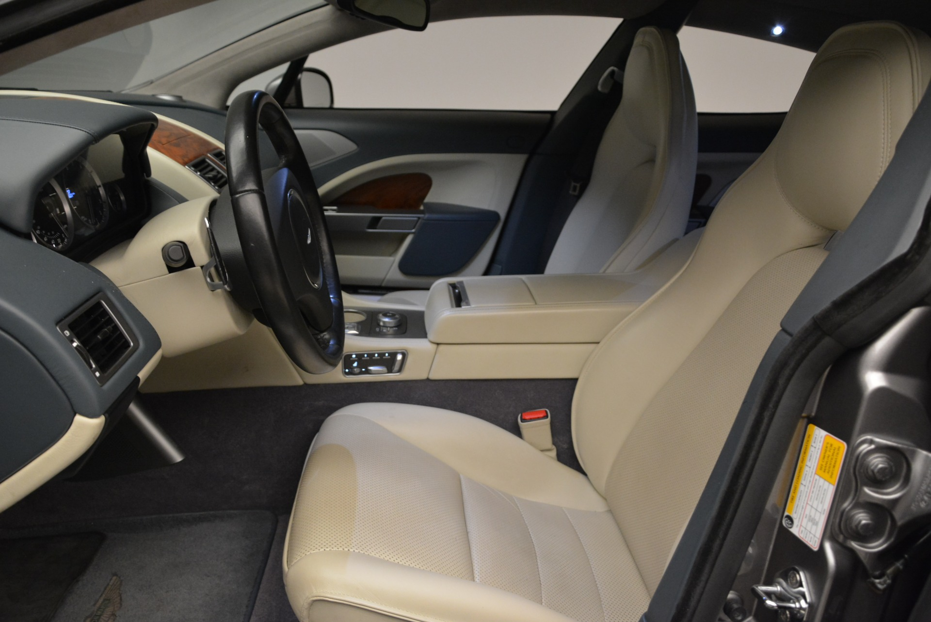 Used 2014 Aston Martin Rapide S  For Sale In Greenwich, CT 1910_p13