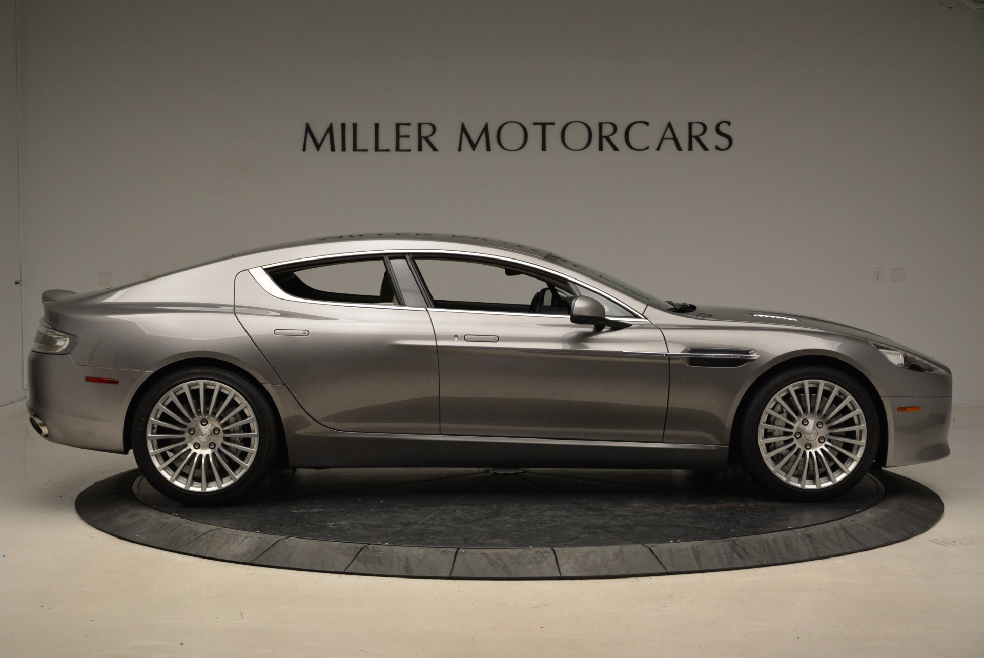 Used 2014 Aston Martin Rapide S  For Sale In Greenwich, CT 1910_p9