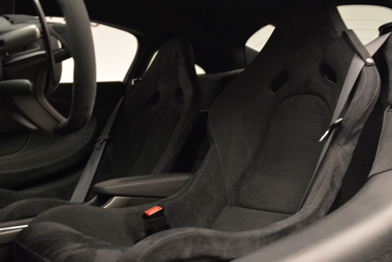 Used 2017 McLaren 570S  For Sale In Greenwich, CT 1914_p18