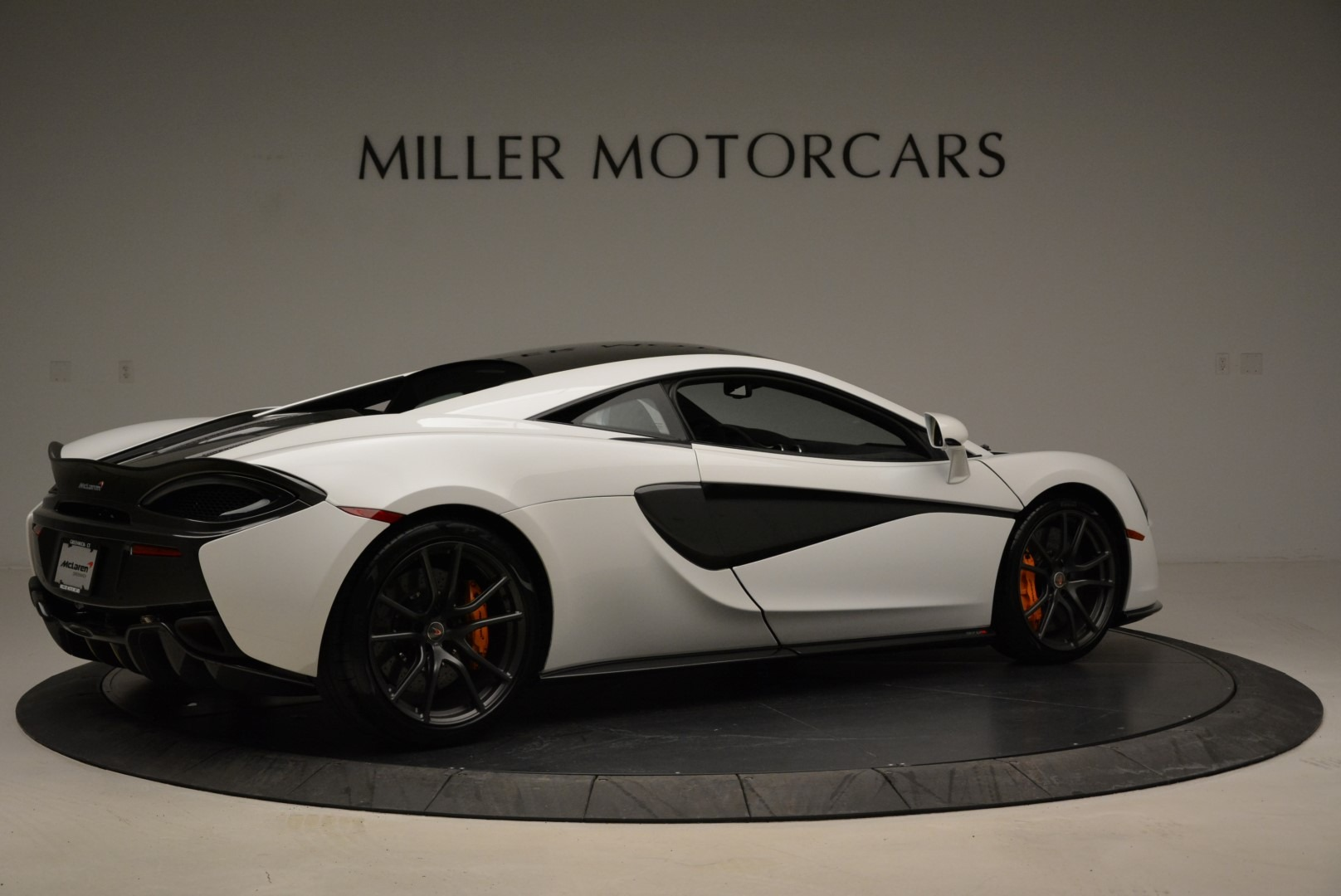 Used 2017 McLaren 570S  For Sale In Greenwich, CT 1914_p8