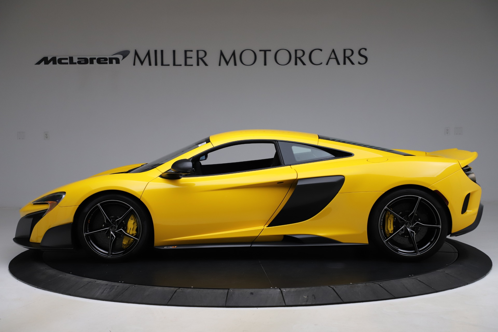 Used 2016 McLaren 675LT Coupe For Sale In Greenwich, CT 1916_p2