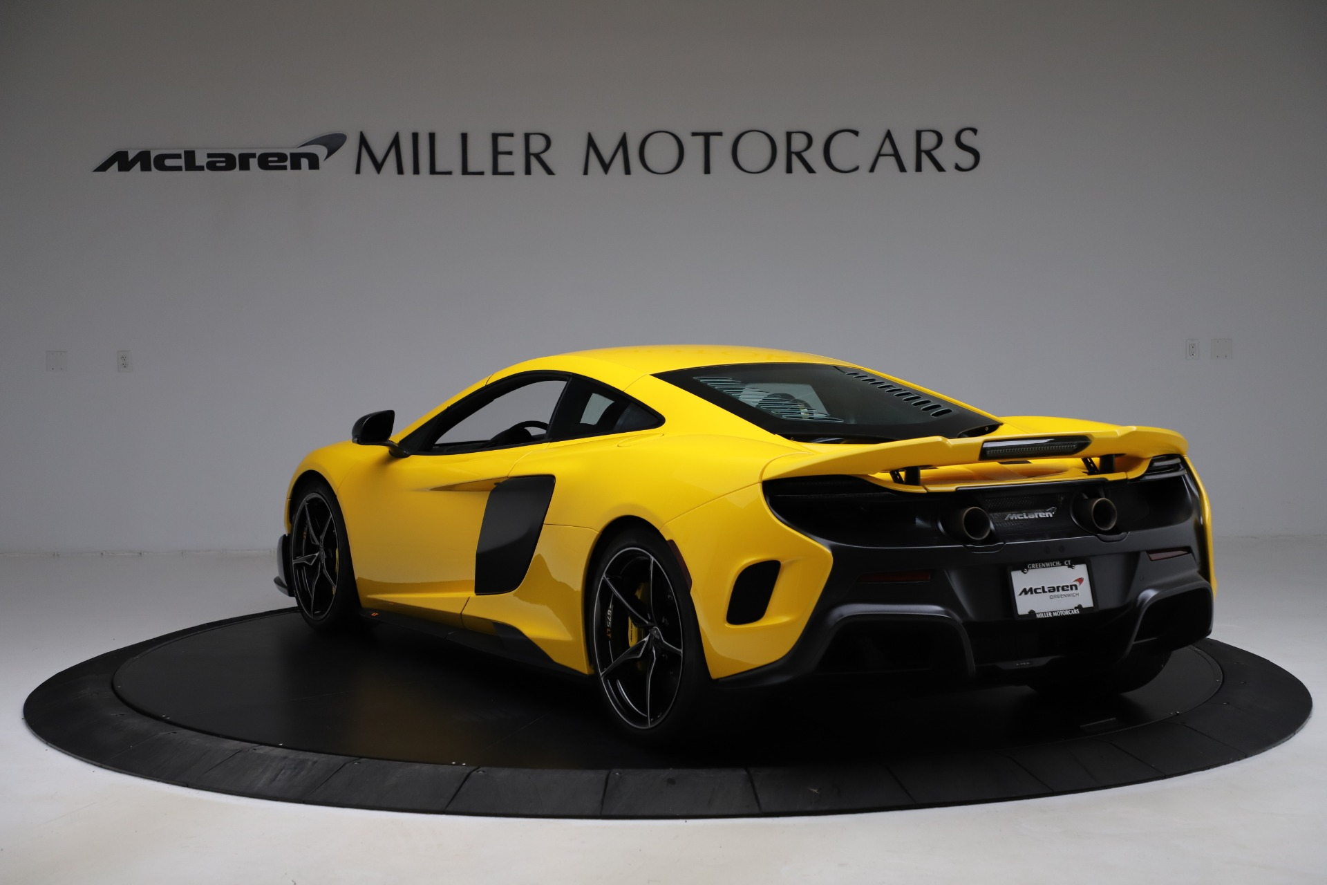 Used 2016 McLaren 675LT Coupe For Sale In Greenwich, CT 1916_p4